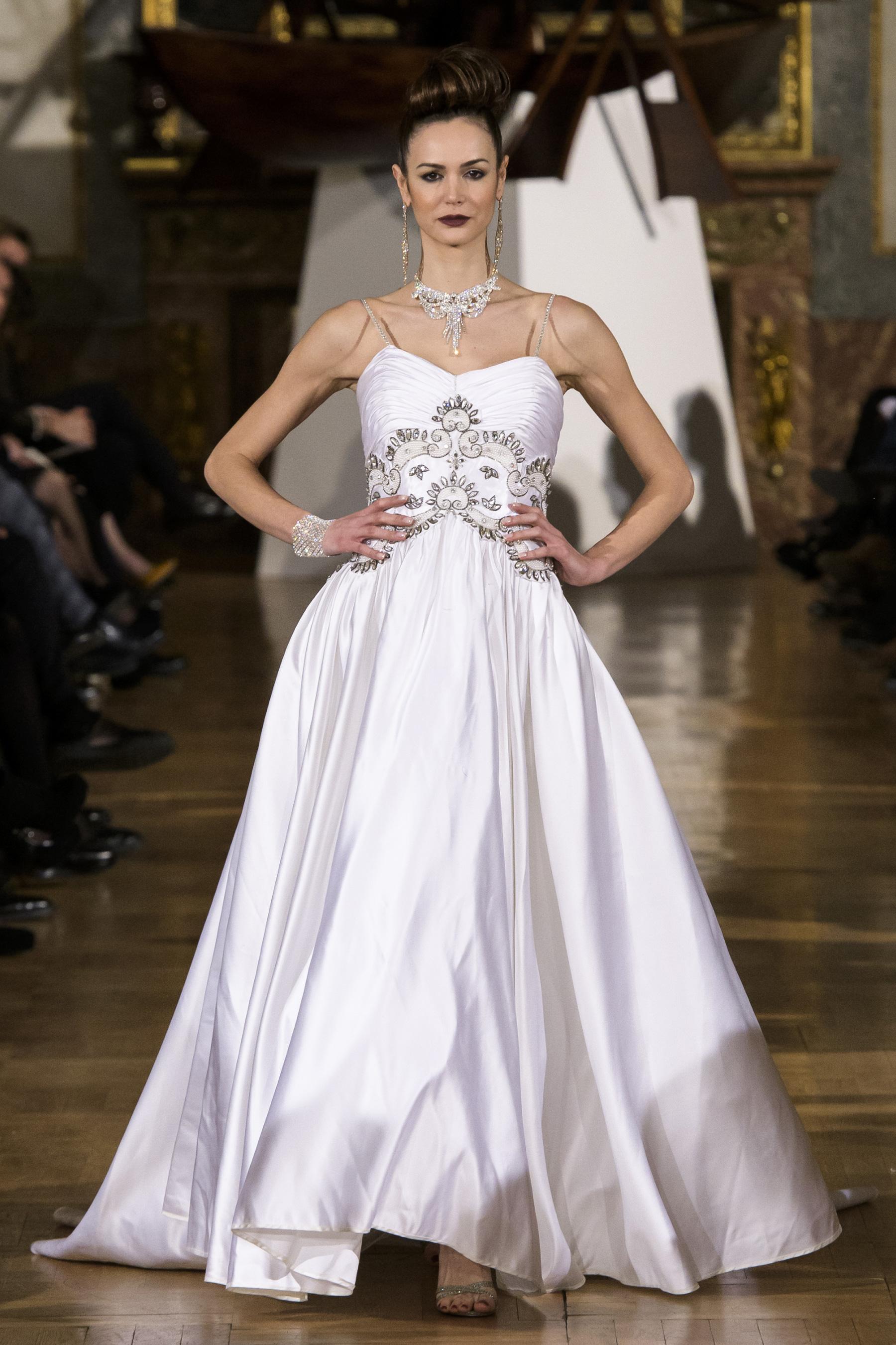 World of Fashion AR RF17 3054