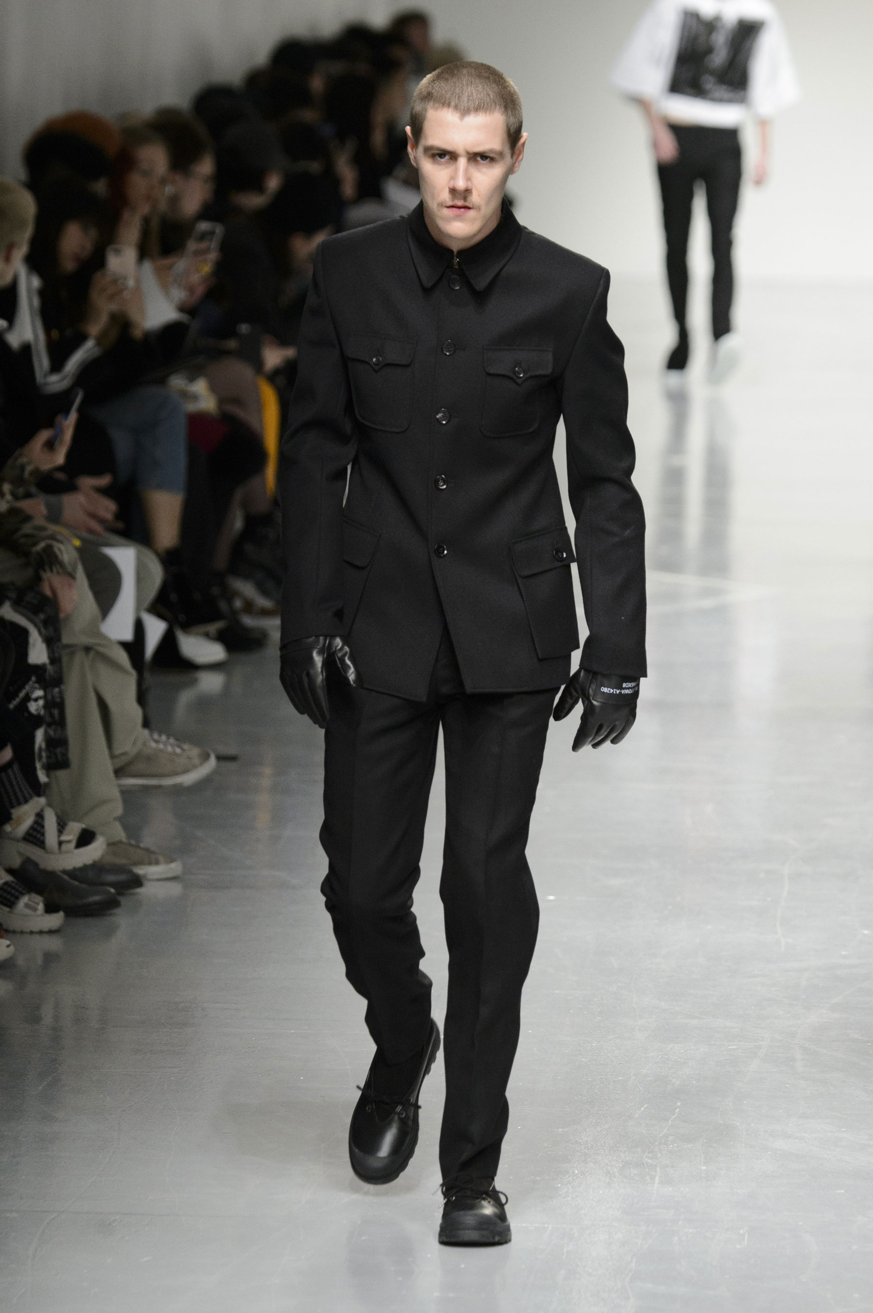 Xander Zhou m RF17 0097