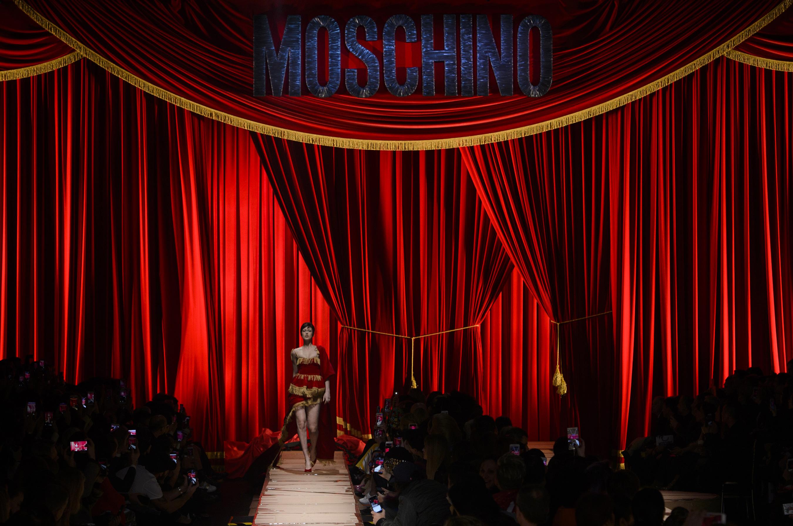 Moschino RF17 3550