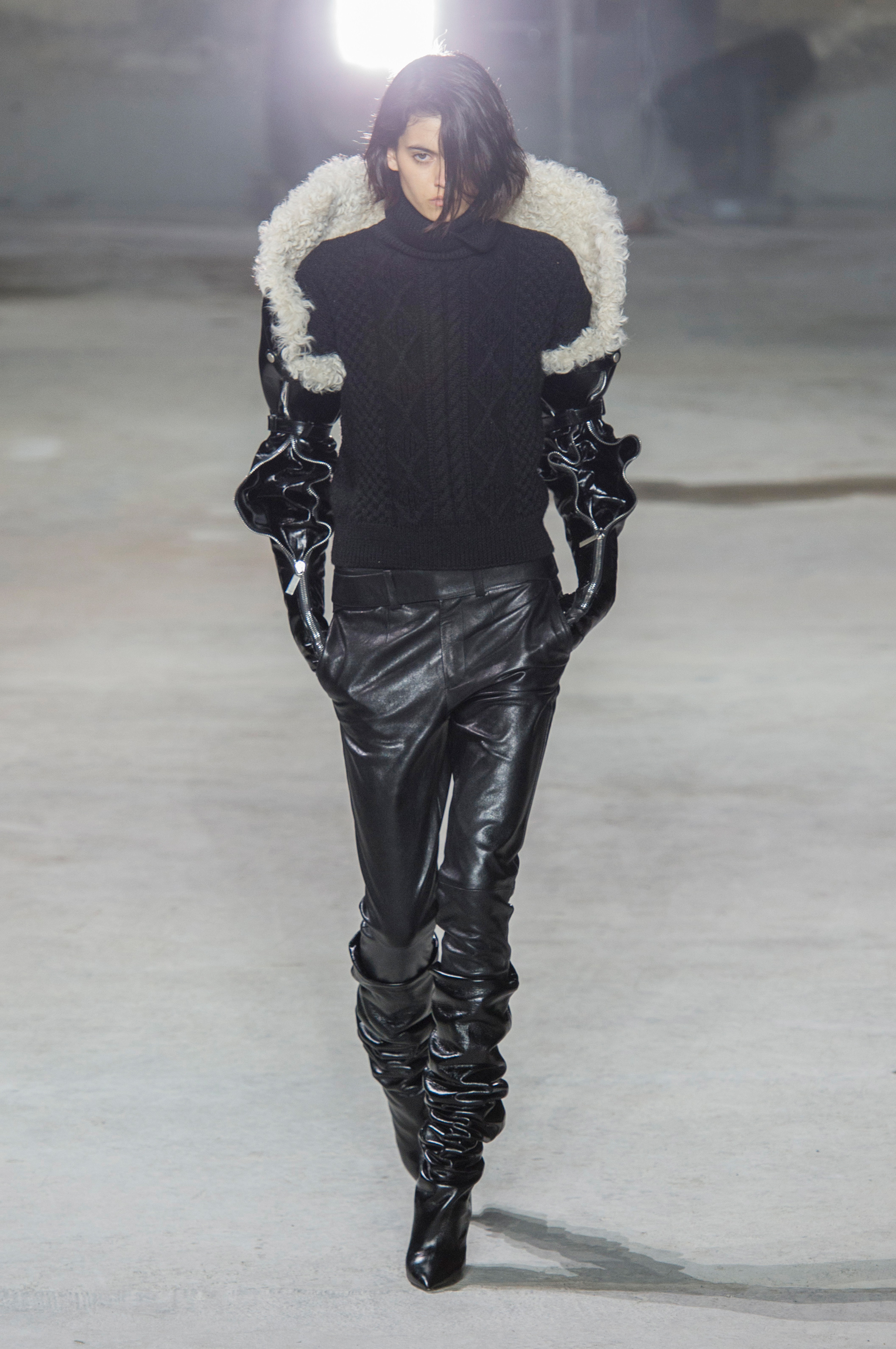 Saint Laurent RF17 0674