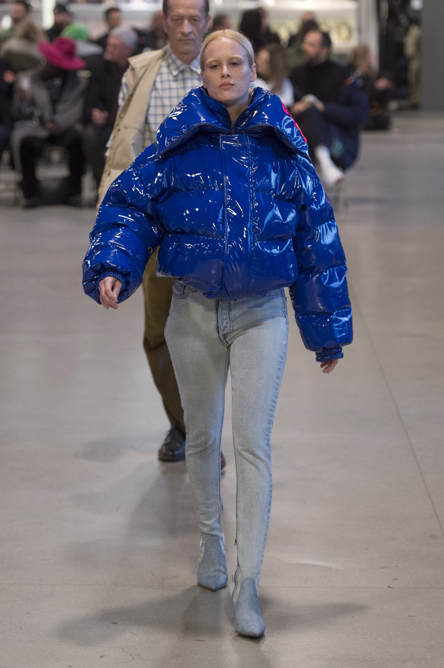 Vetements RF17 0644