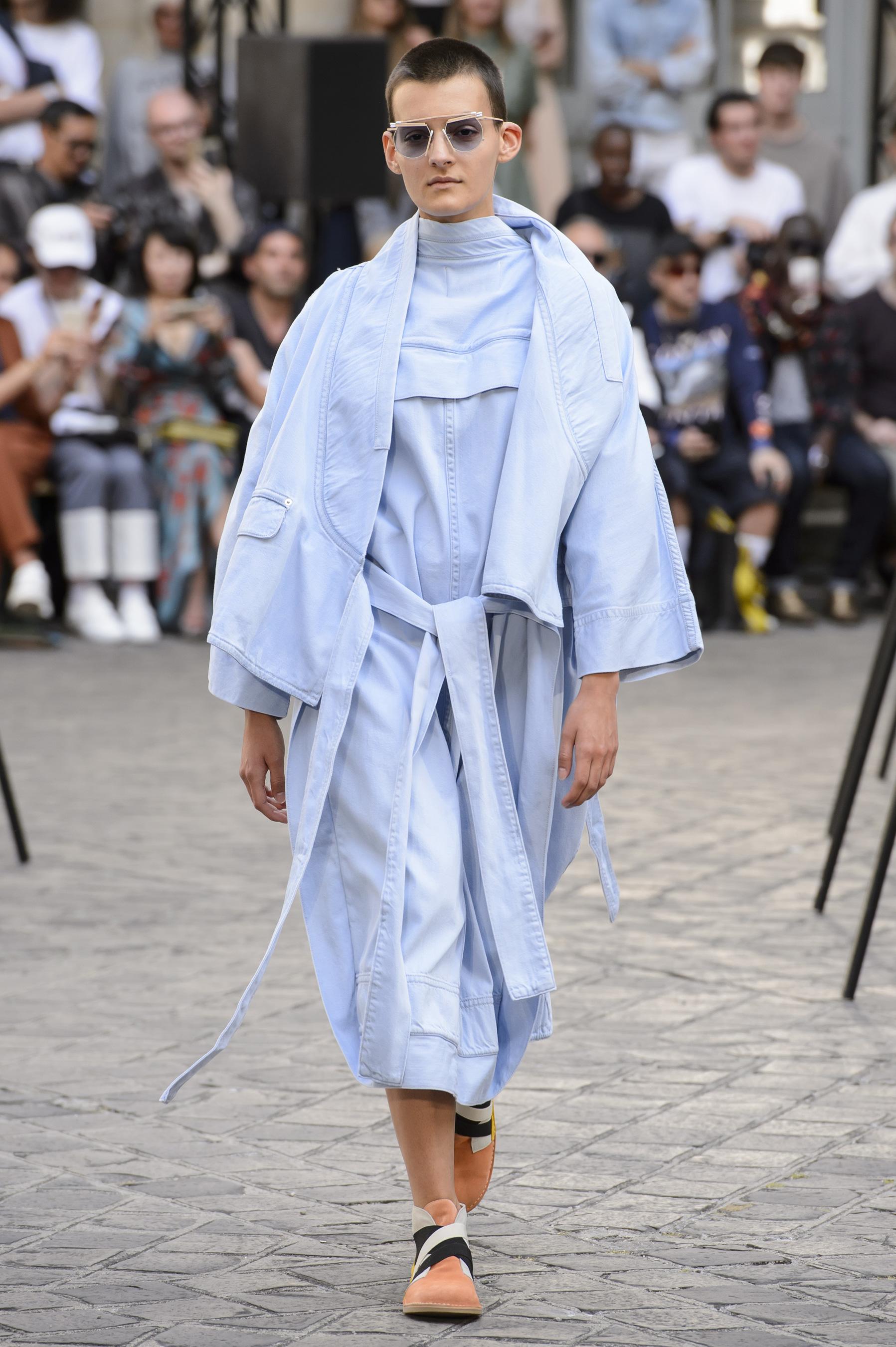 Henrik Vibskov Spring 2018 Men's Fashion Show
