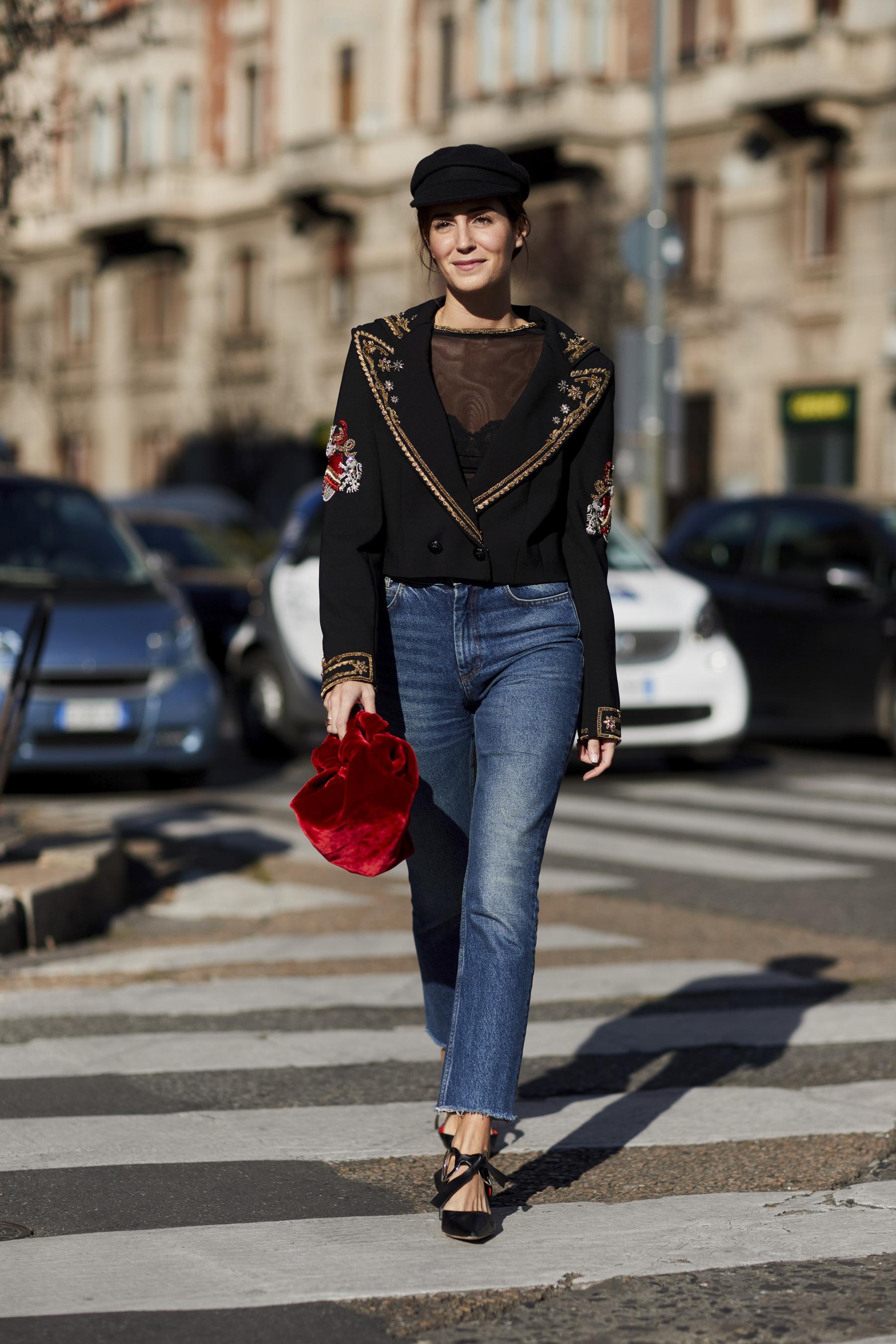 Milan Fashion Week Street Style Spring 2018 Day 1 Cont.