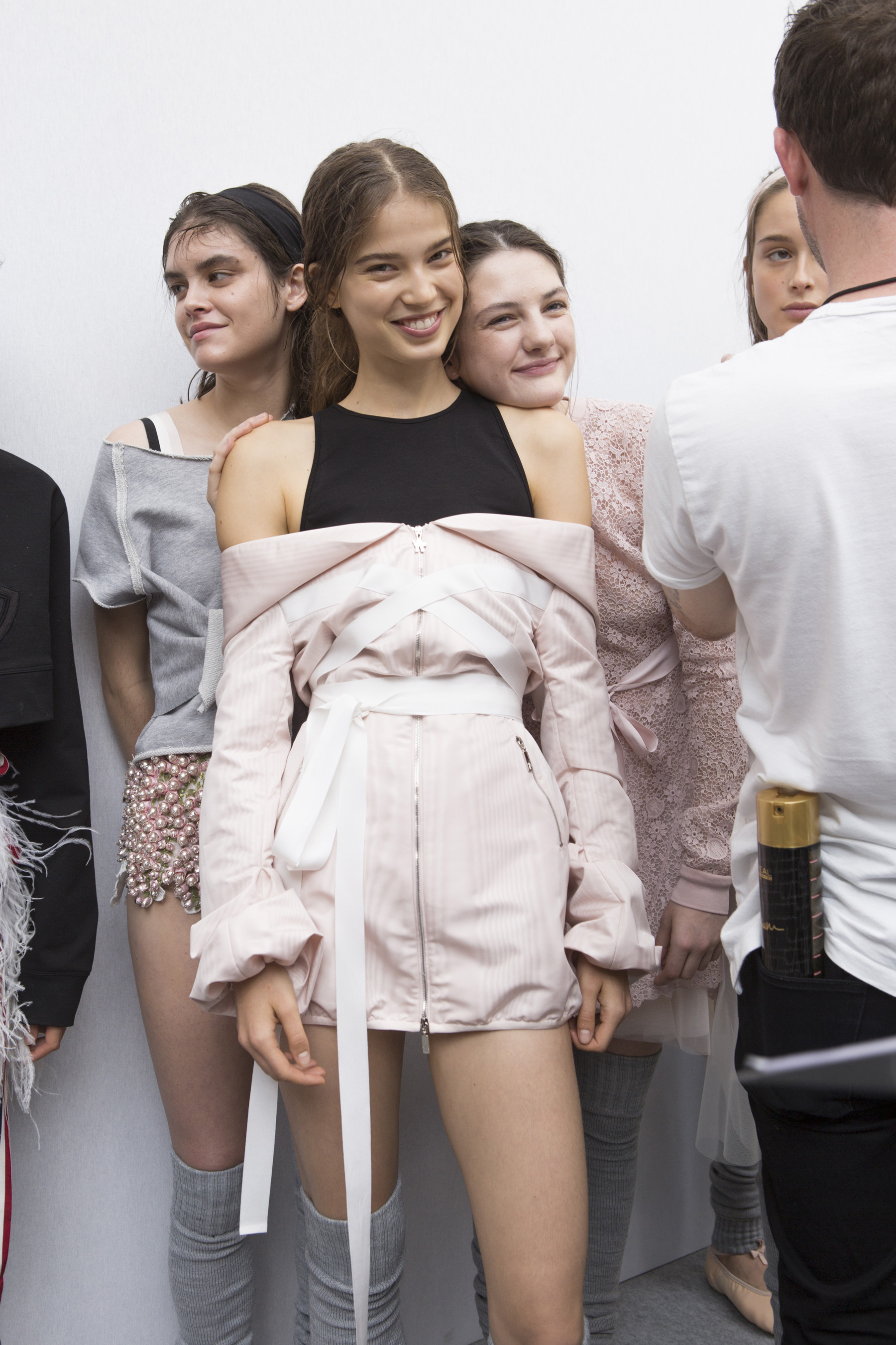 Moncler Gamme Rouge Spring 2018 Fashion Show Backstage
