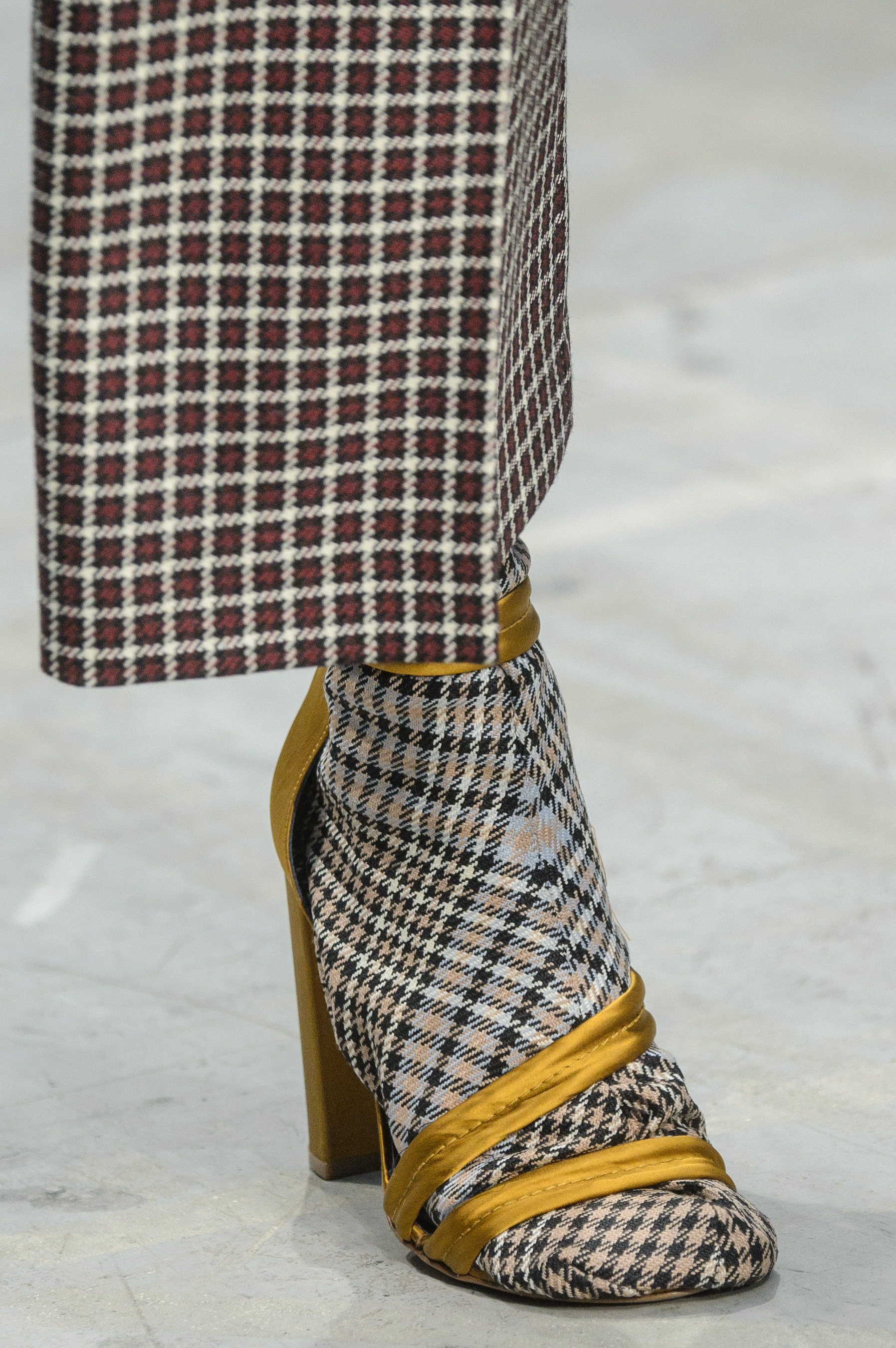 Albino Teodoro Fall 2018 Fashion Show Details