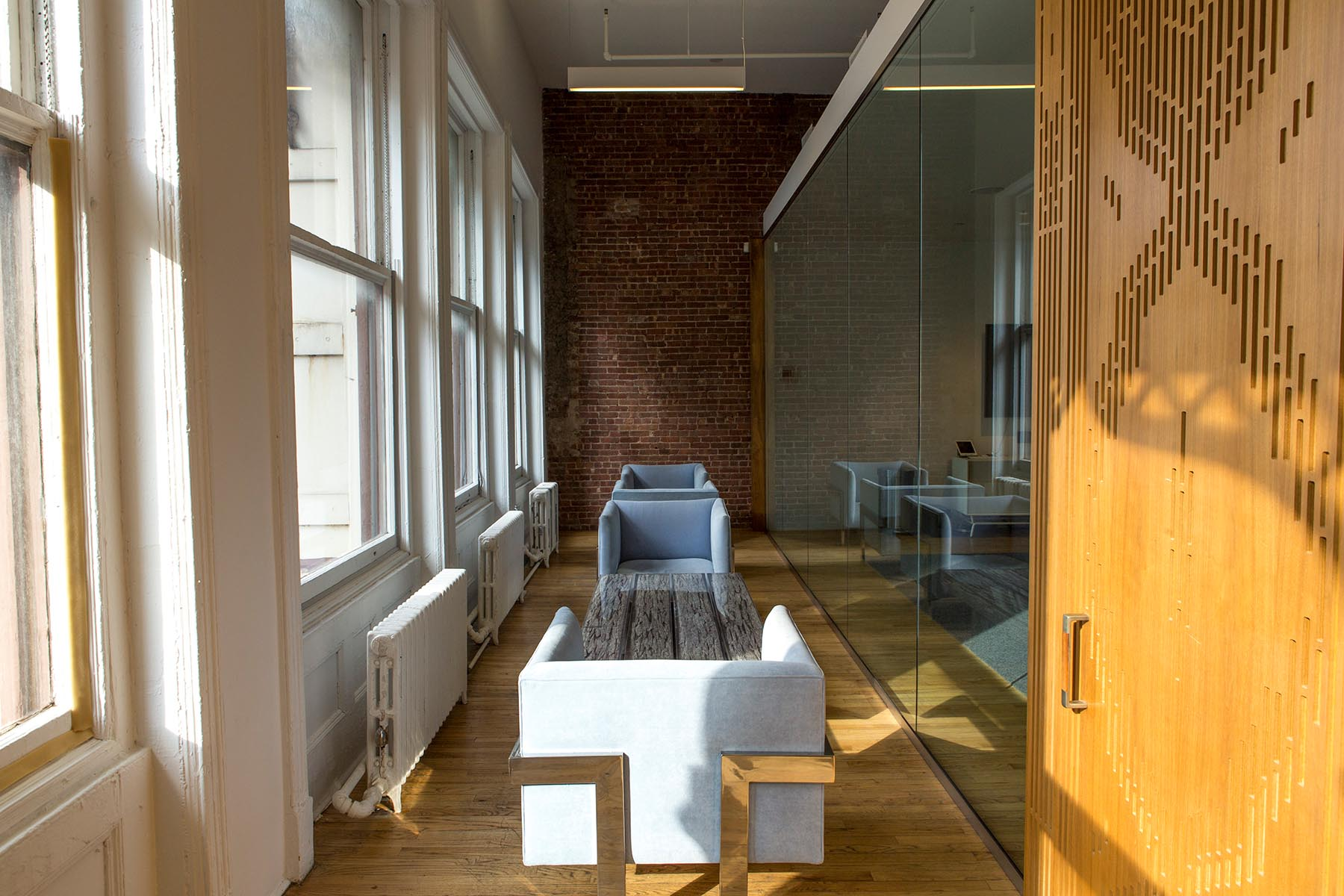 Inside View The Offices of Johannes Leonardo with Ferdinando Verderi