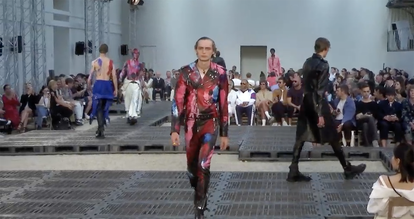 Alexander McQueen Spring 2019 Men's Fashion Show Film. All the Spring 2019 Men's fashion shows from Paris Fashion Week in one place on The Impression.