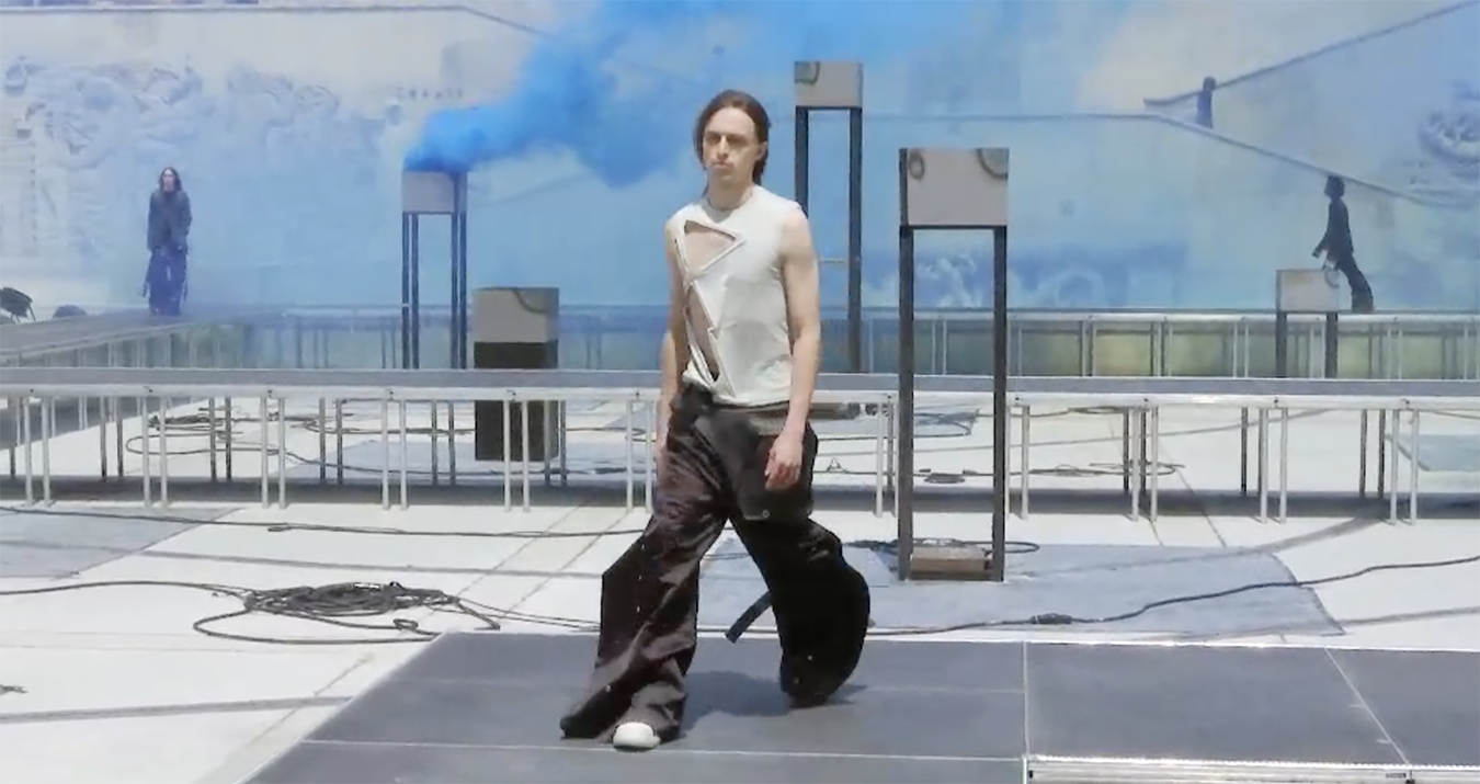 Rick Owens Spring 2019 Men's Fashion Show Film. All the Spring 2019 Men's fashion shows from Paris Fashion Week in one place on The Impression.