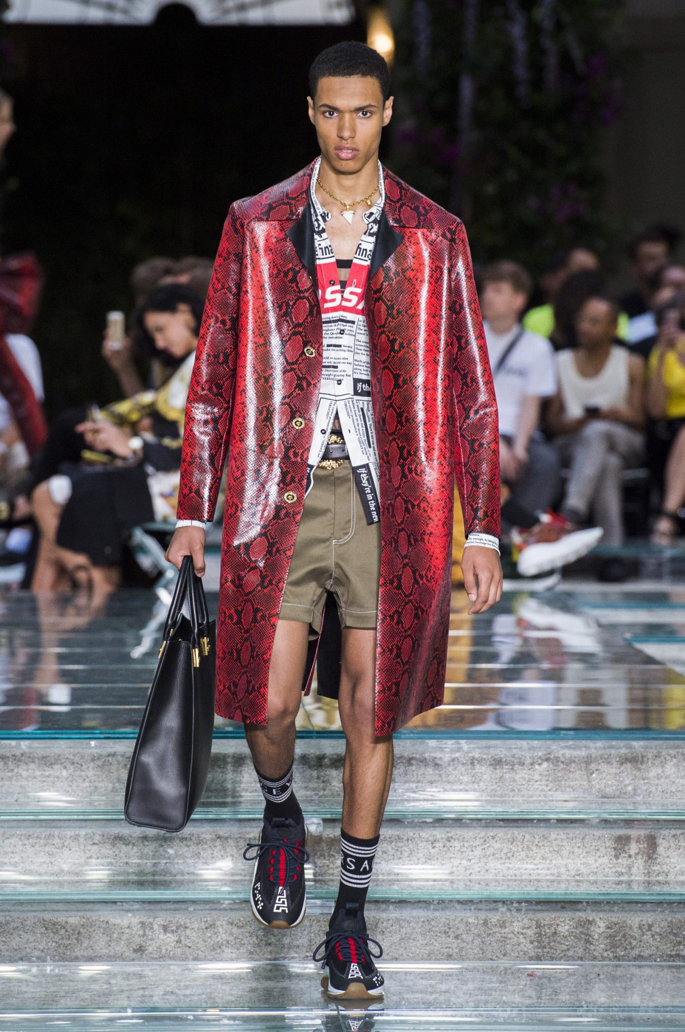 Versace Spring 2019 Men's Fashion Show