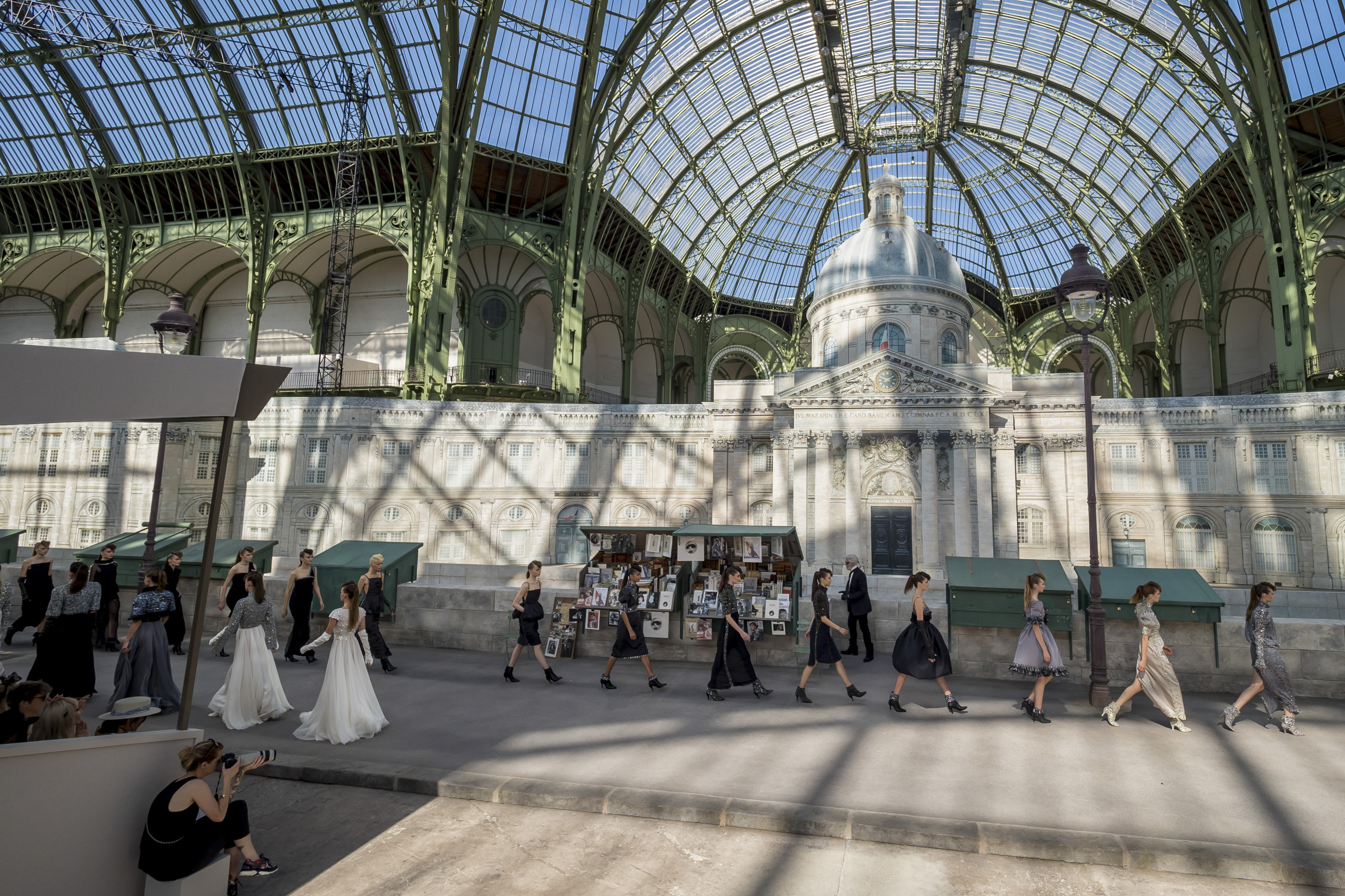 Chanel Fall 2018 Couture Fashion Show
