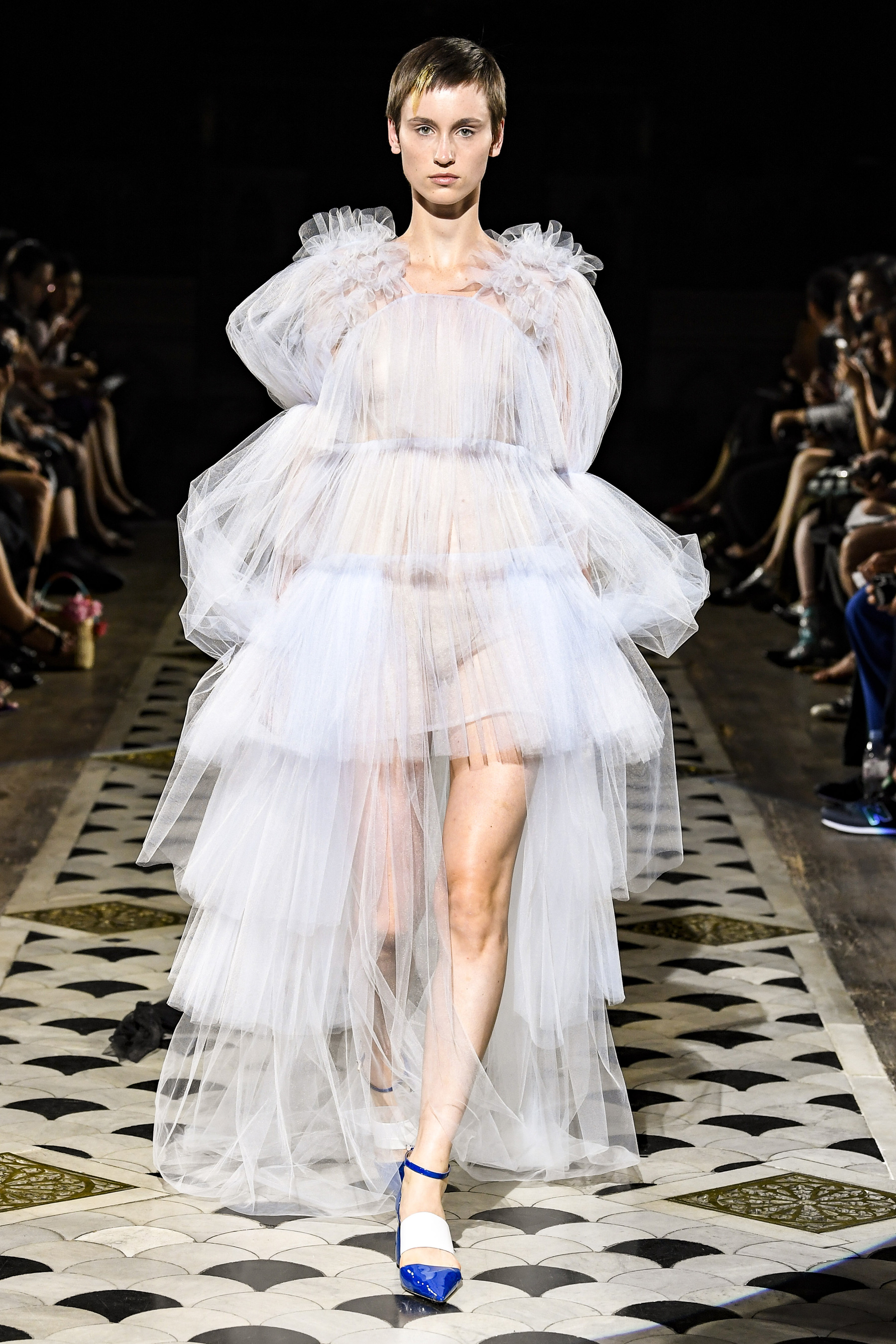 Liu Chao Fall 2018 Couture Fashion Show