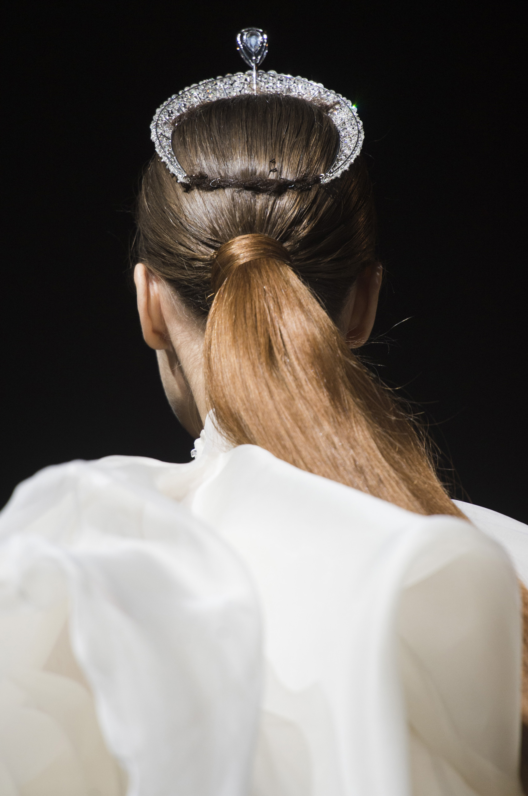 Stephane Rolland Fall 2018 Couture Fashion Show Details