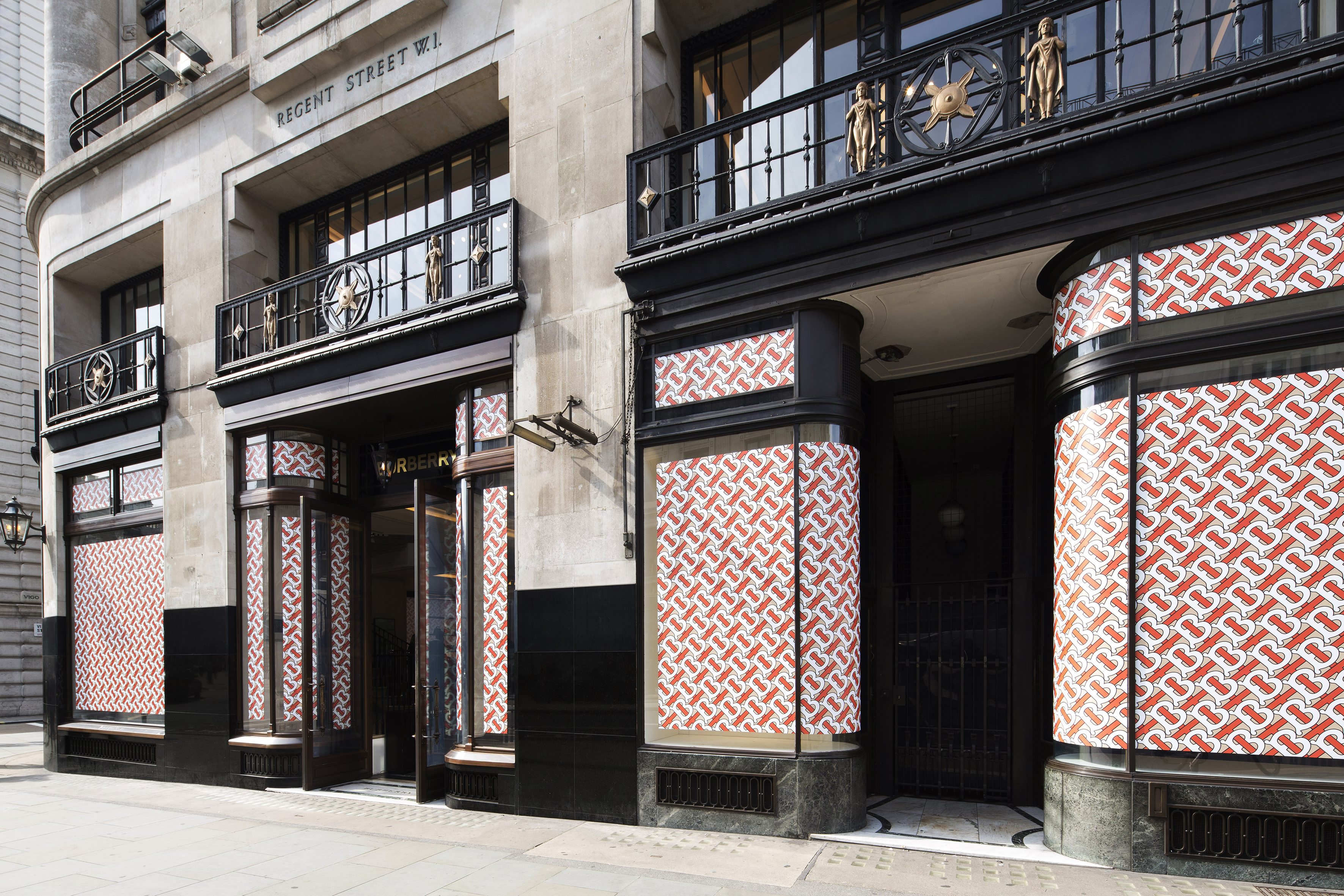 Riccardo Tisci's first Burberry collection is leveraging social to disrupt distribution