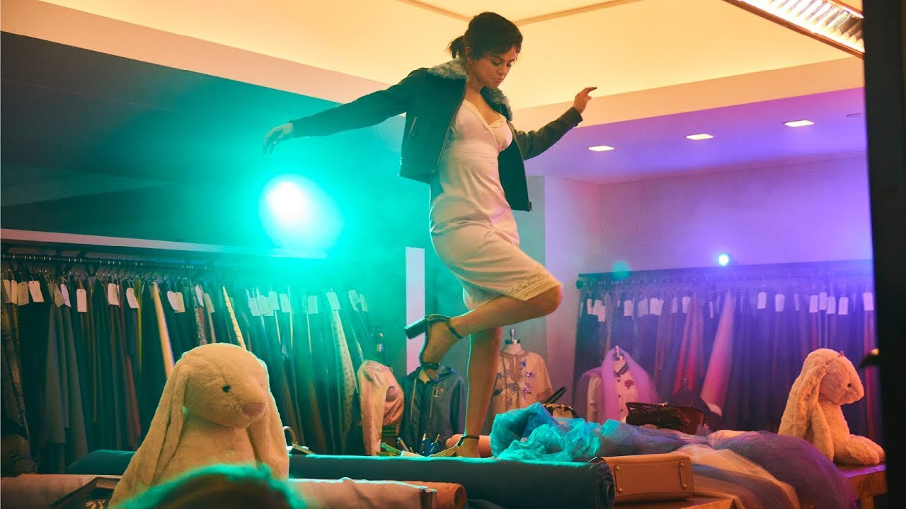 Coach 1941 Selena Gomez 'Goes Crazy on You' in Latest Video