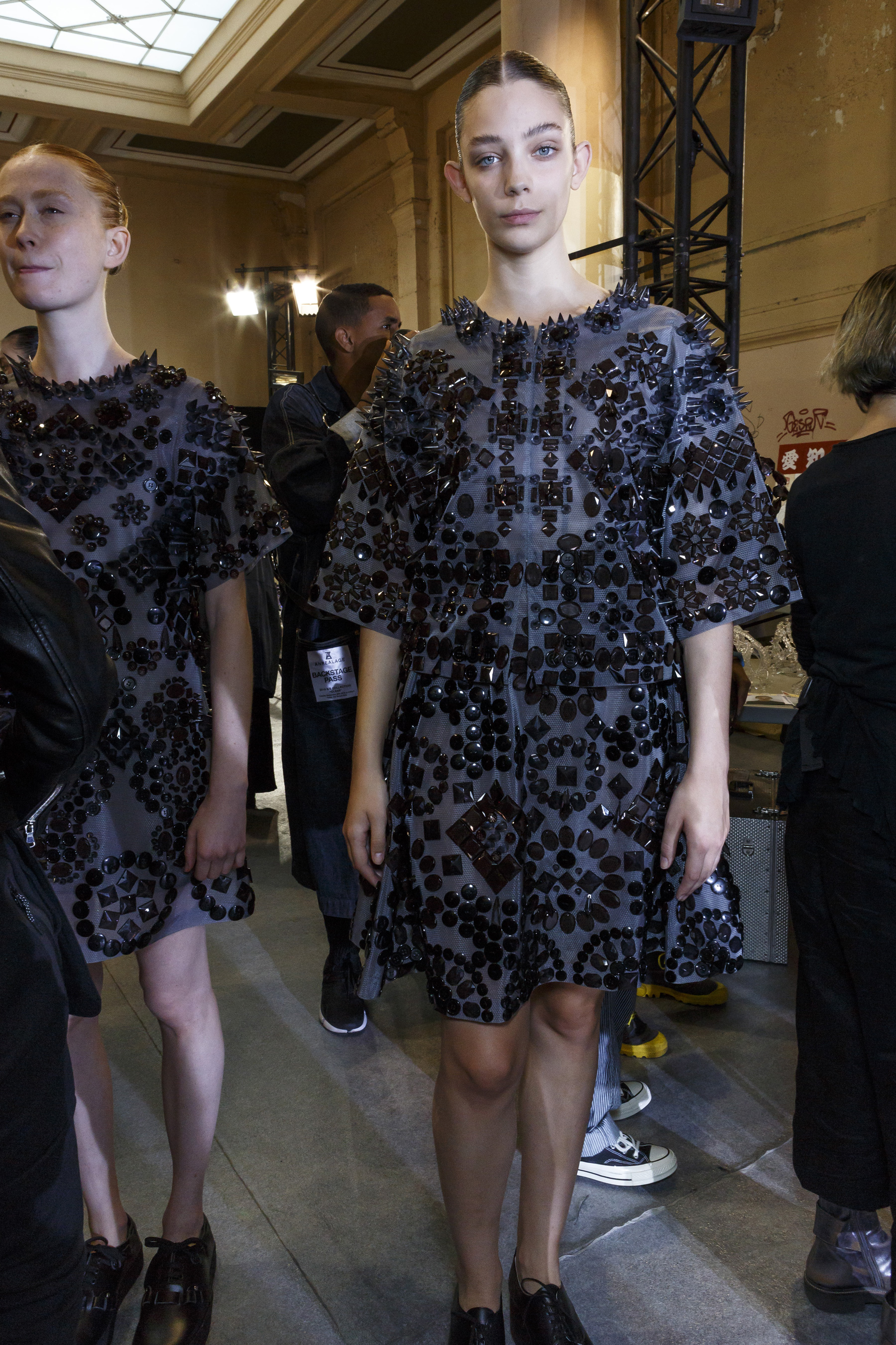Anrealage Spring 2019  Fashion Show Backstage