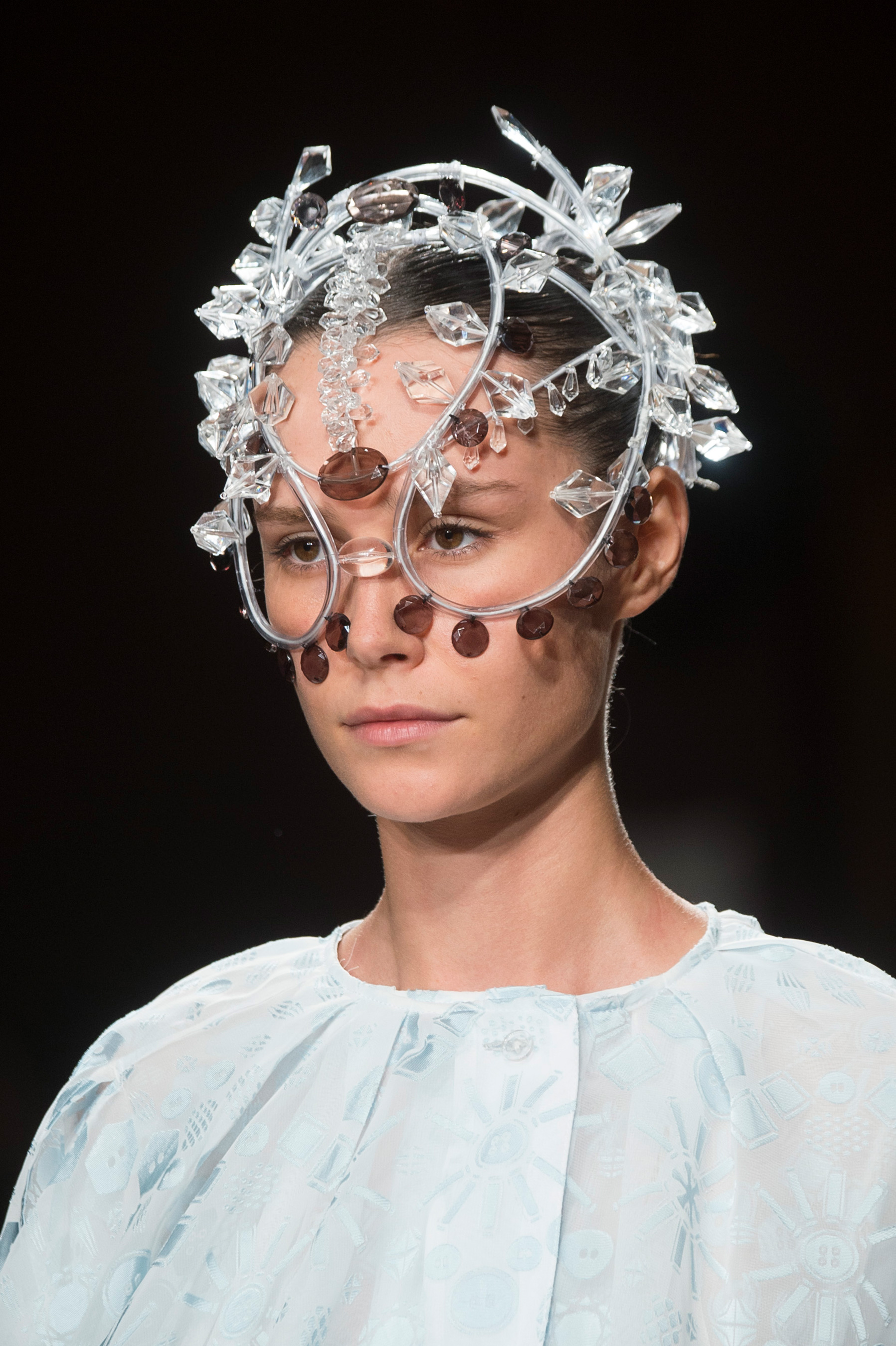 Anrealage Spring 2019  Fashion Show Details