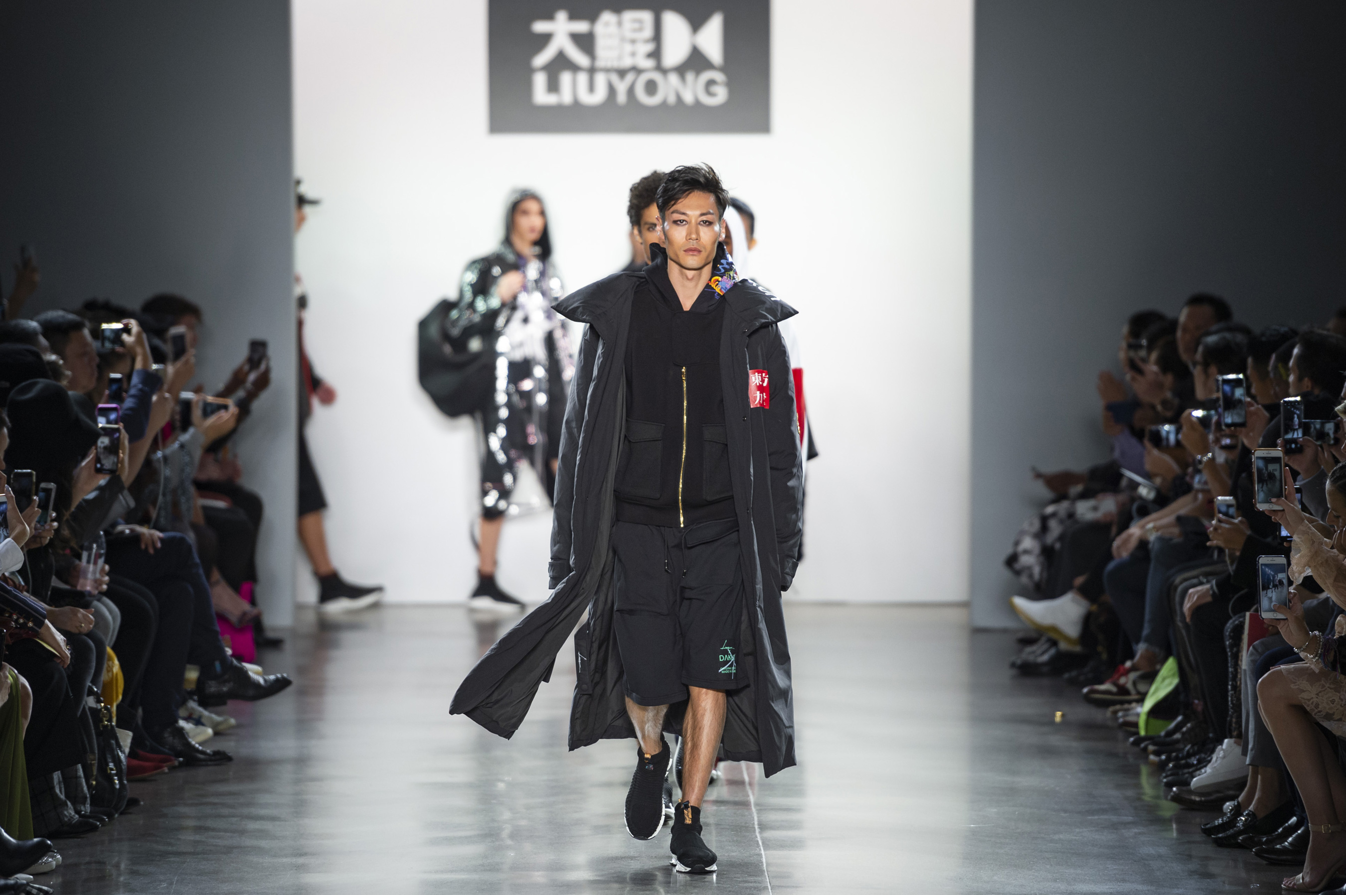 Dakun Liu Yong Spring 2019  Fashion Show Atmosphere