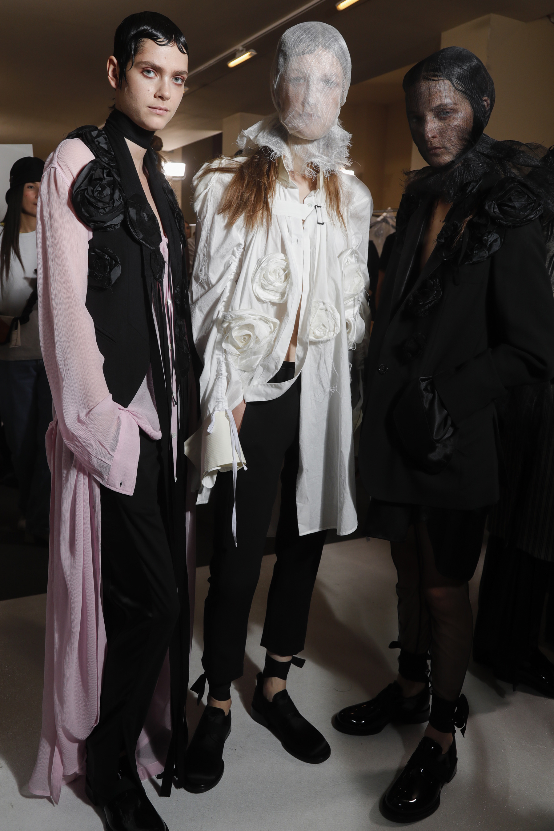 Ann Demeulemeester Spring 2019 Fashion Show Backstage Cont.
