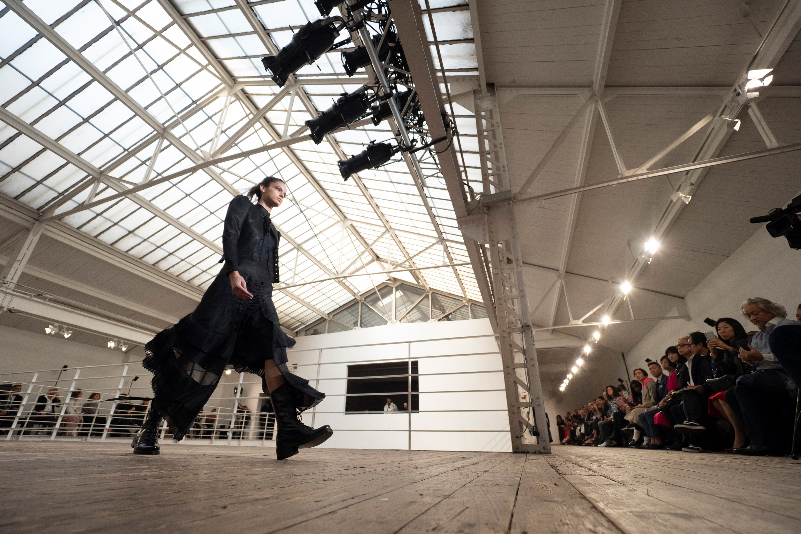 Olivier Theyskens Spring 2019  Fashion Show Atmosphere