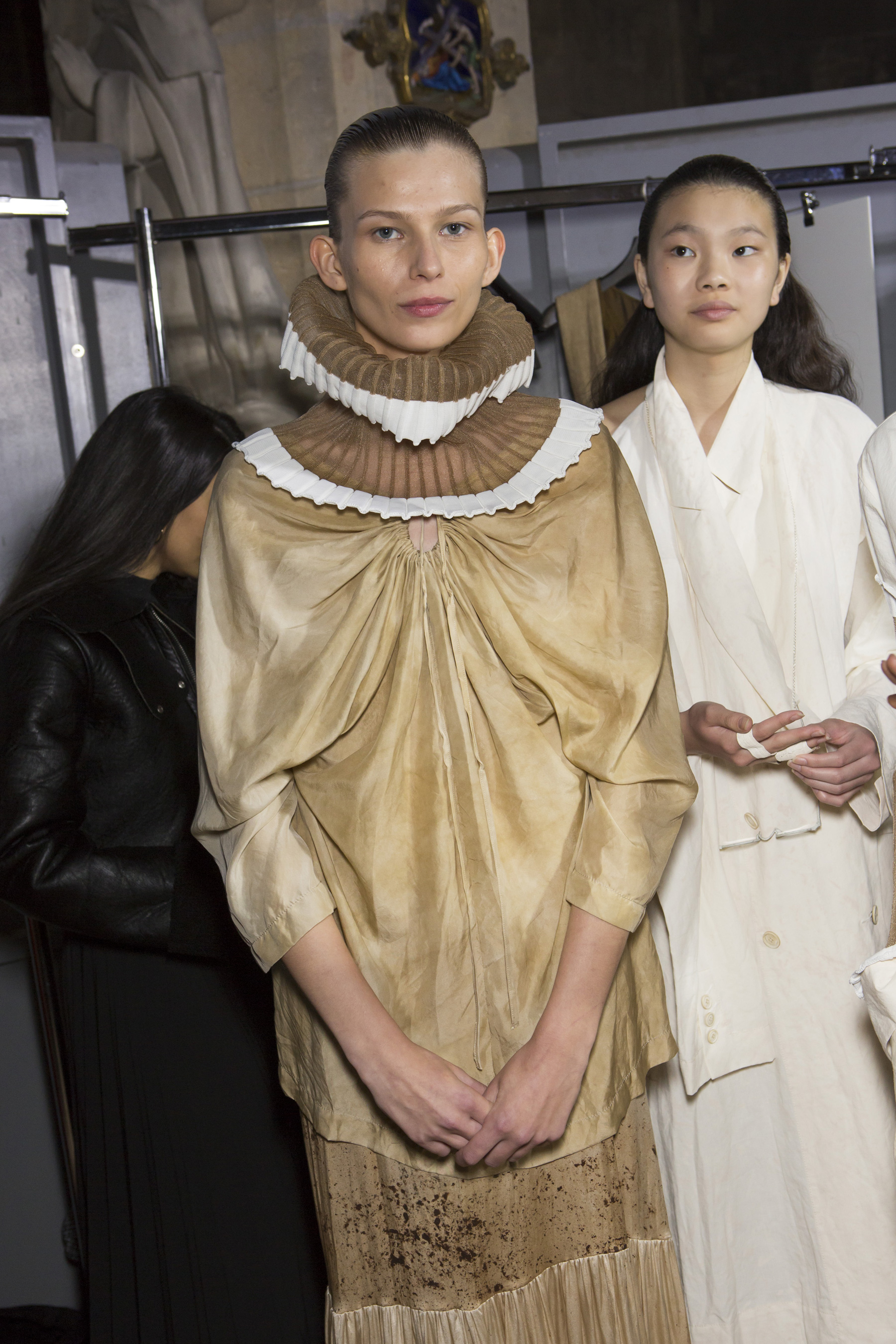 Uma Wang Spring 2019  Fashion Show Backstage