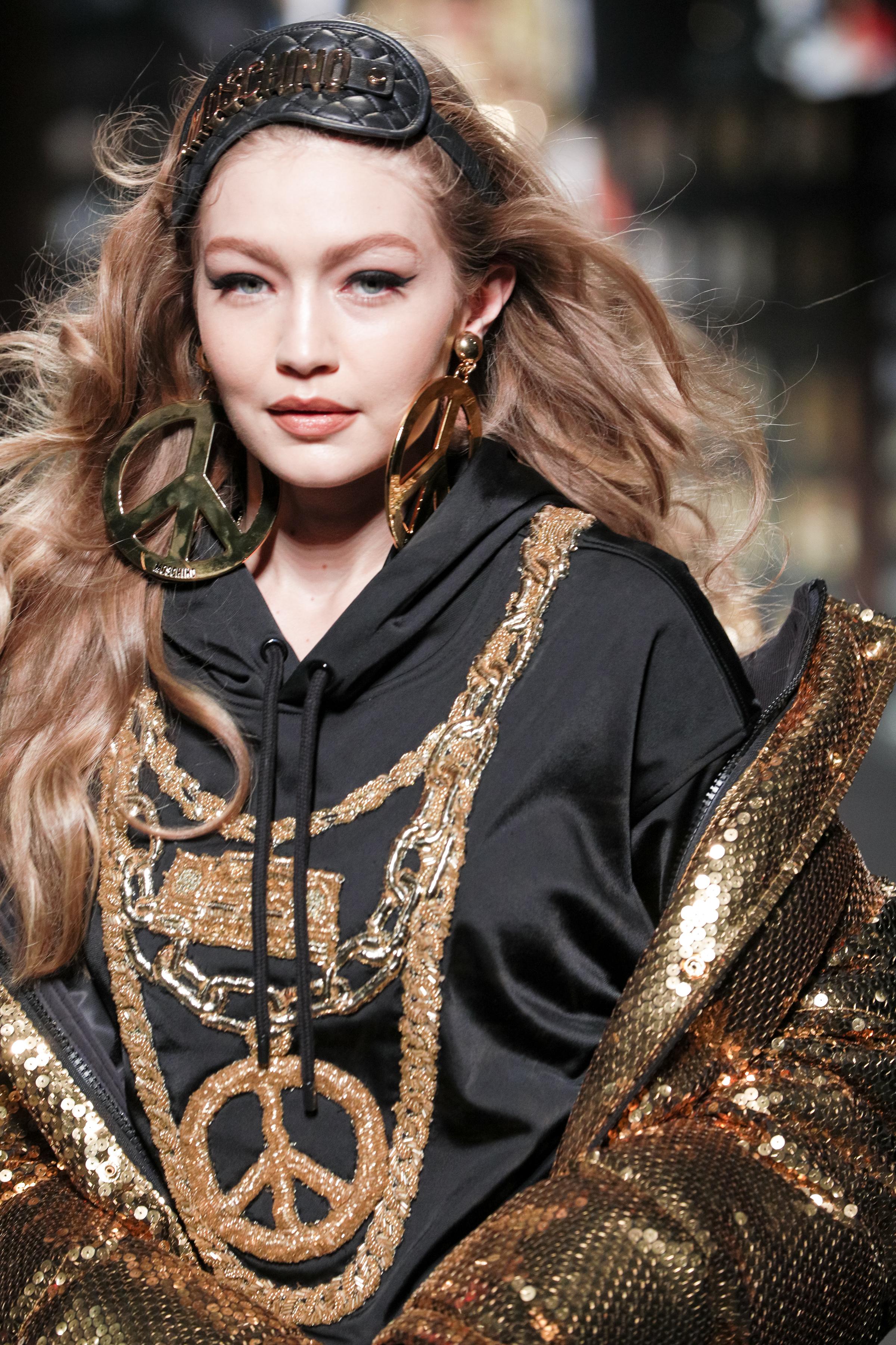 MOSCHINO [tv] H&M Holiday 2018 Fashion Show by Jeremy Scott