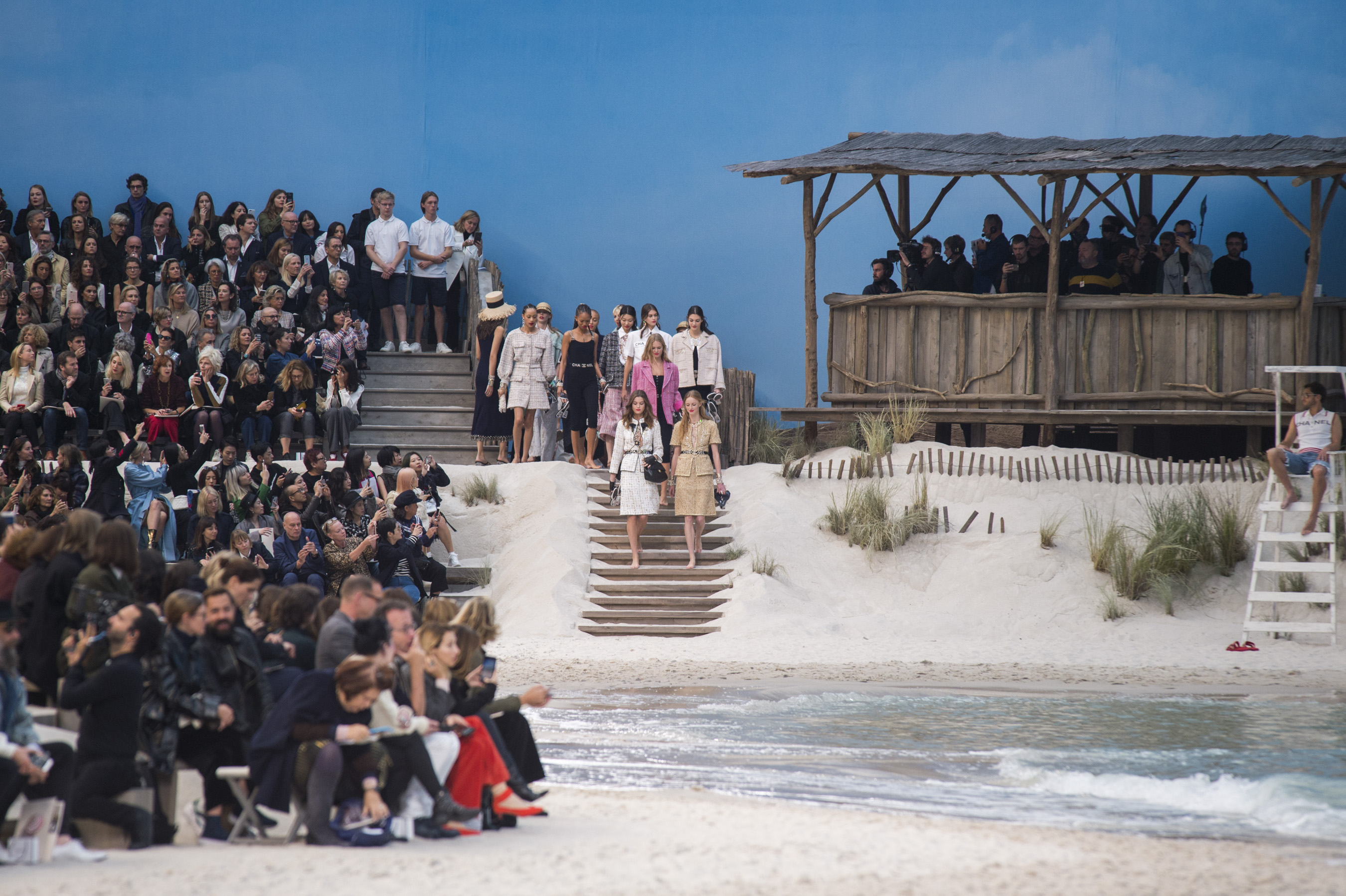 Chanel  Bis Spring 2019  Fashion Show Atmosphere