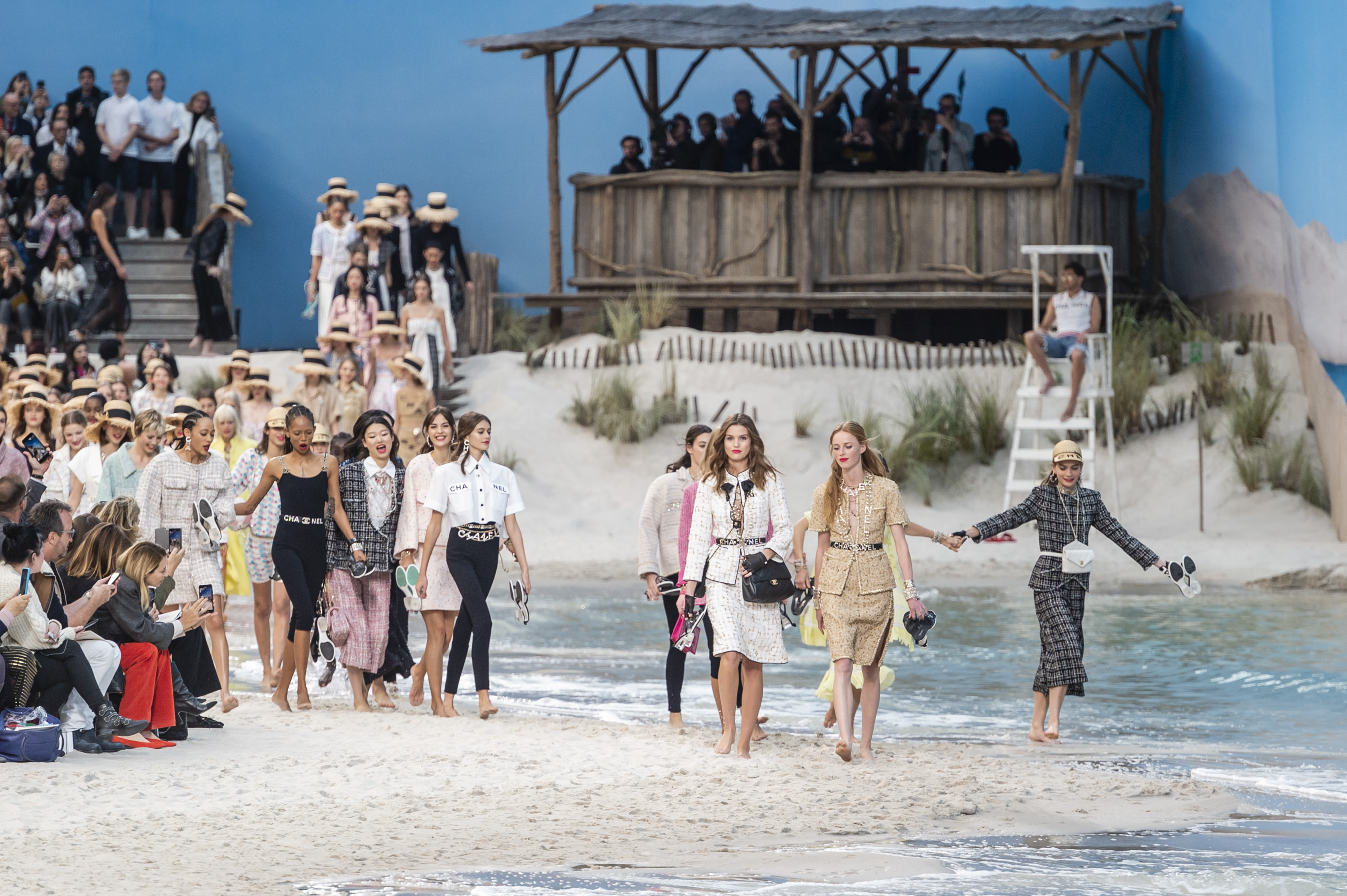 Chanel Spring 2019 Fashion Show Atmosphere Cont.