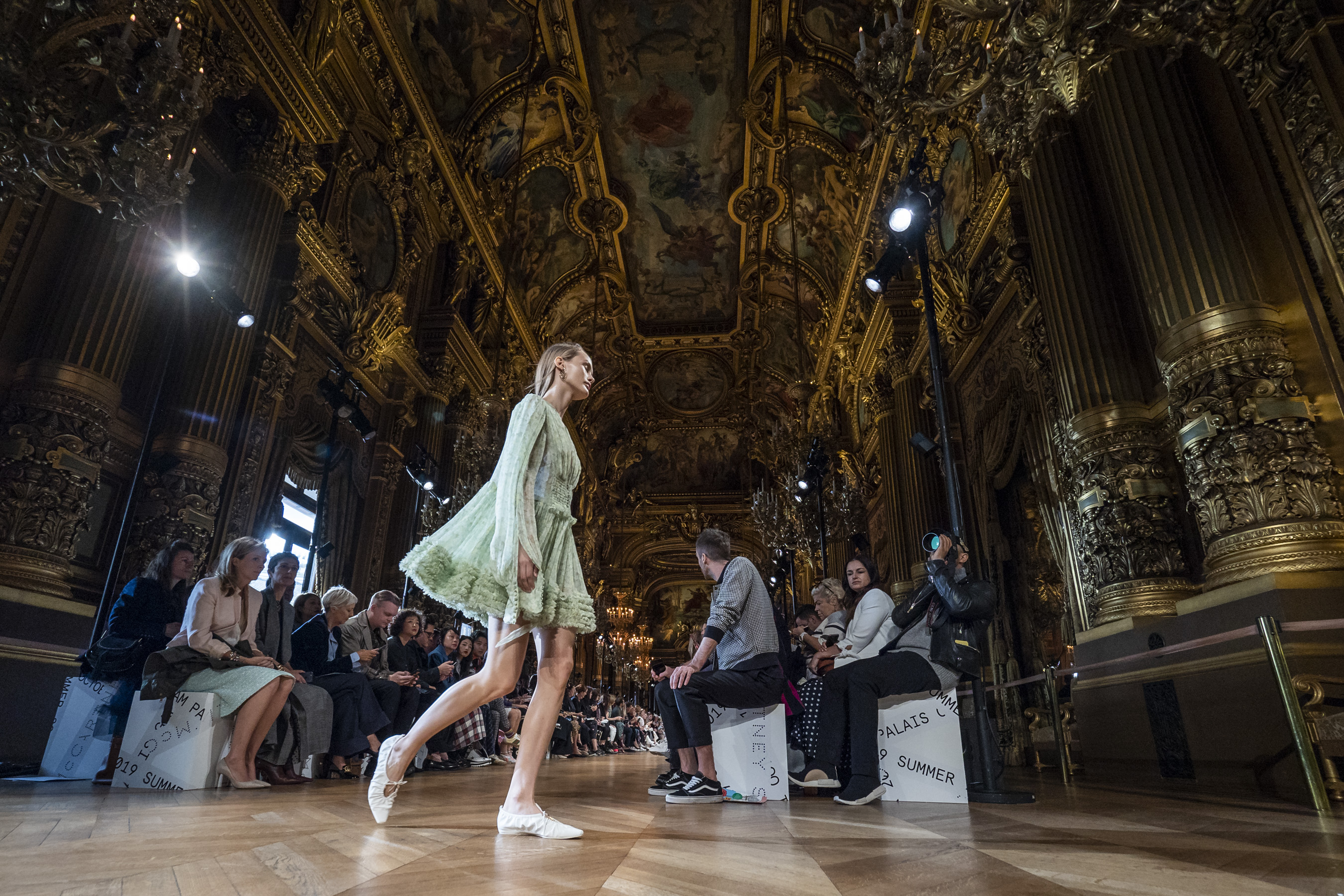Stella Mccartney Spring 2019  Fashion Show Atmosphere