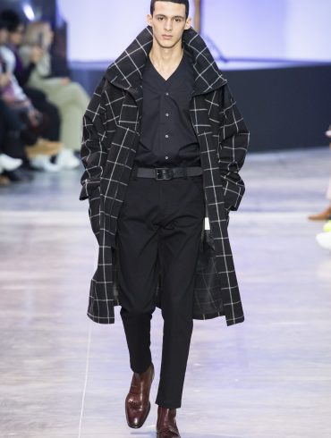 Cerruti 1881 Fall 2019 Men's Fashion Show
