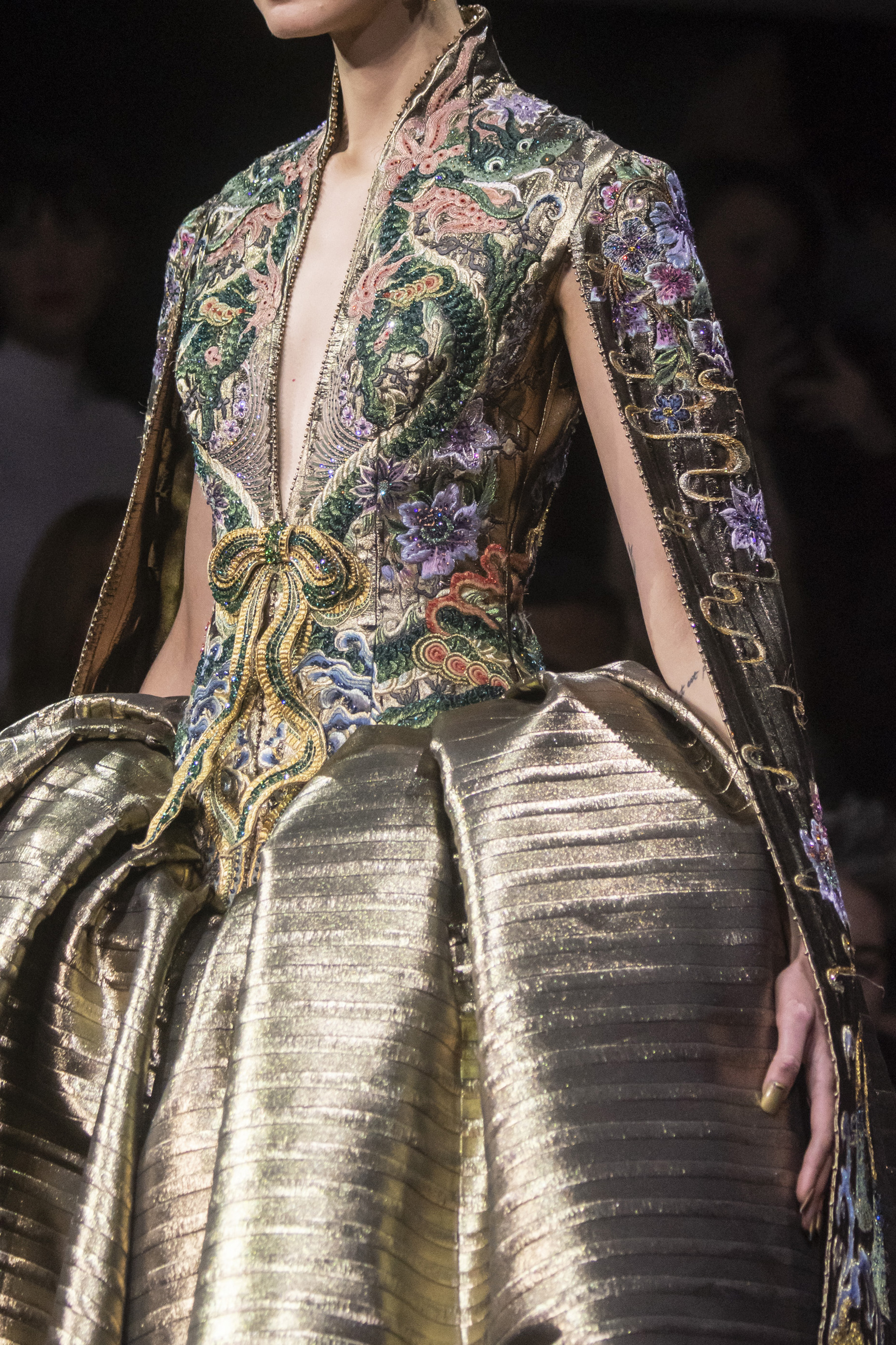 Guo Pei Couture Spring 2019 Fashion Show Details The