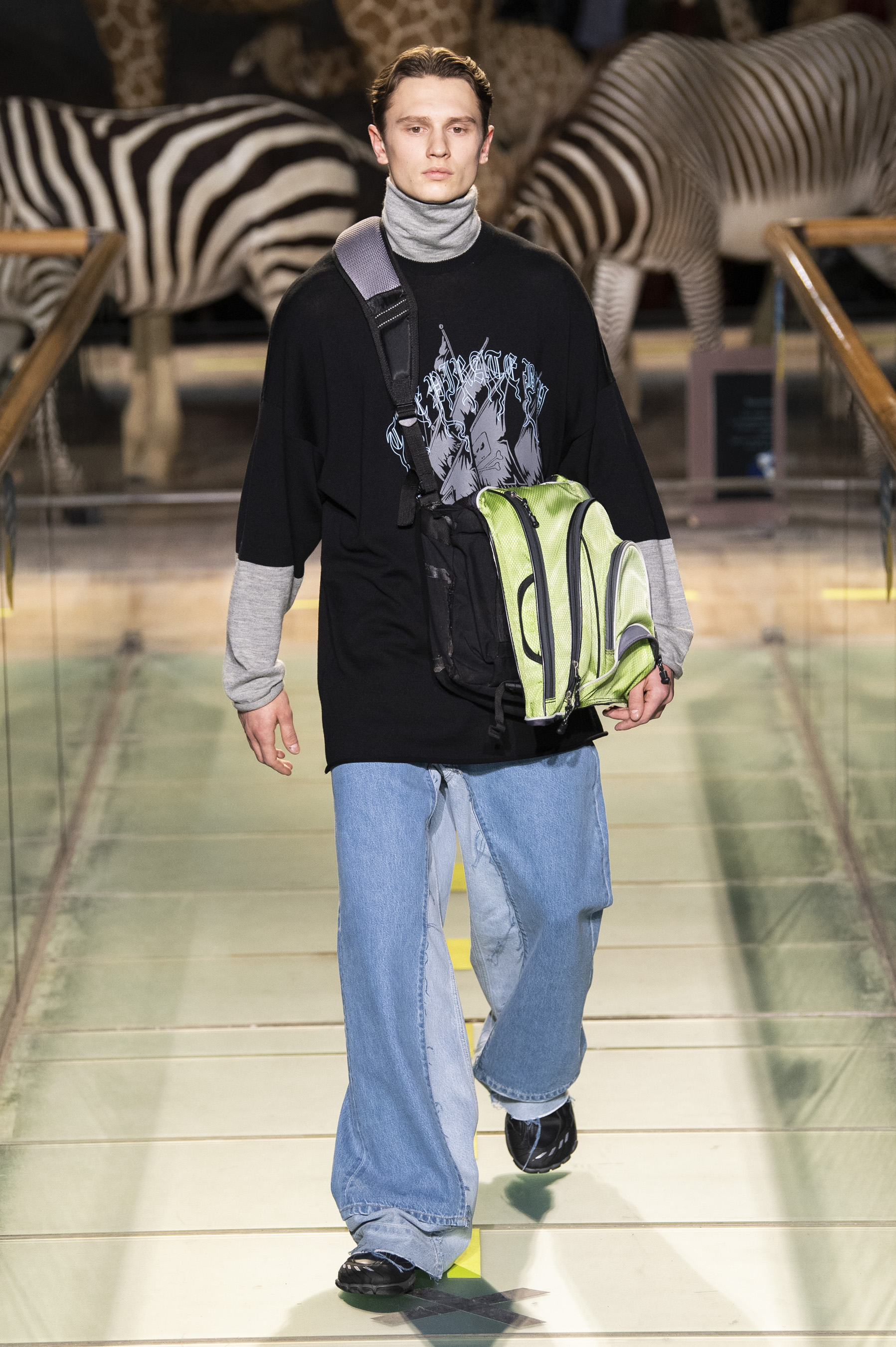 Vetements m RF19 0304