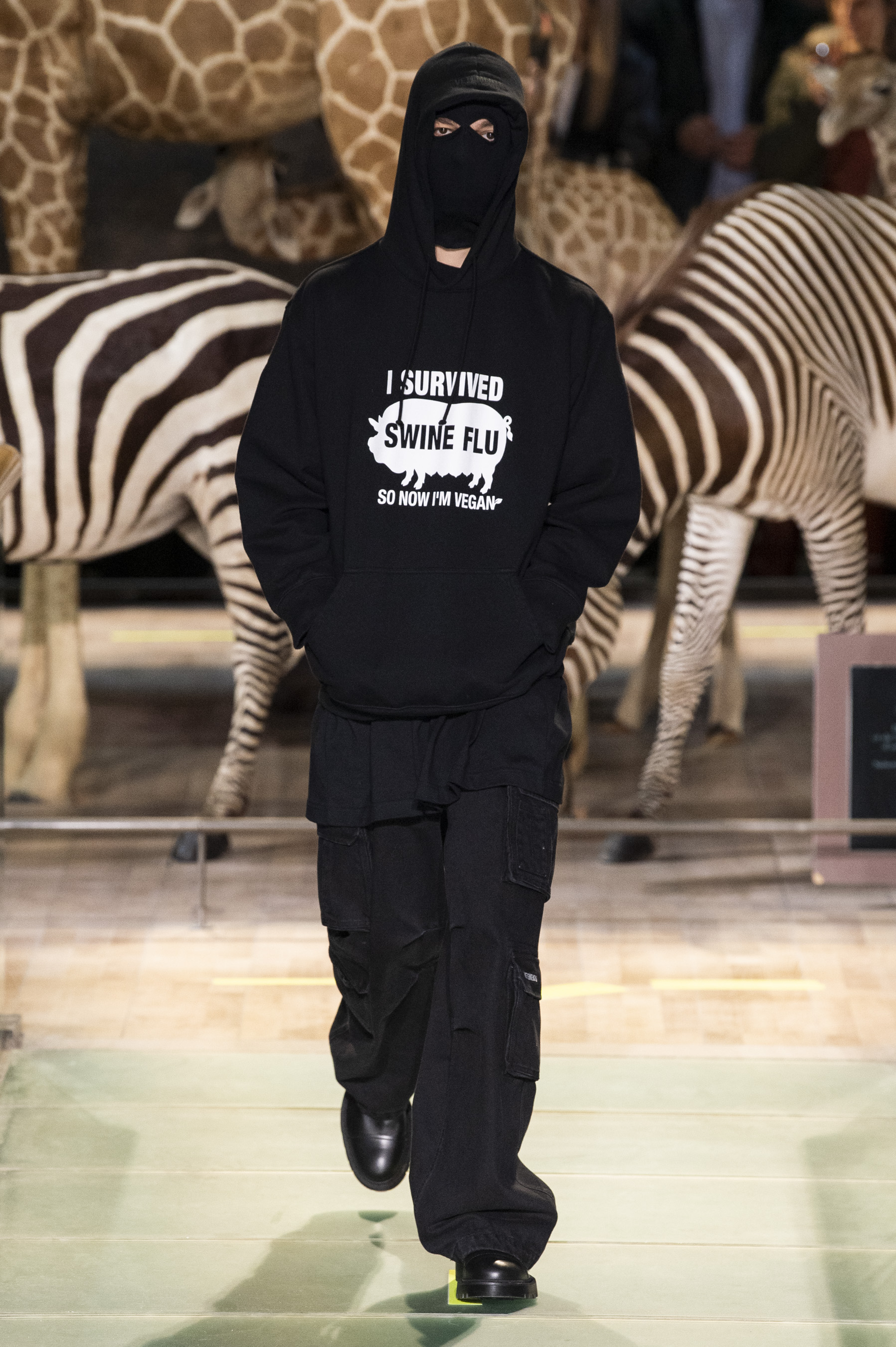 Vetements m RF19 0515