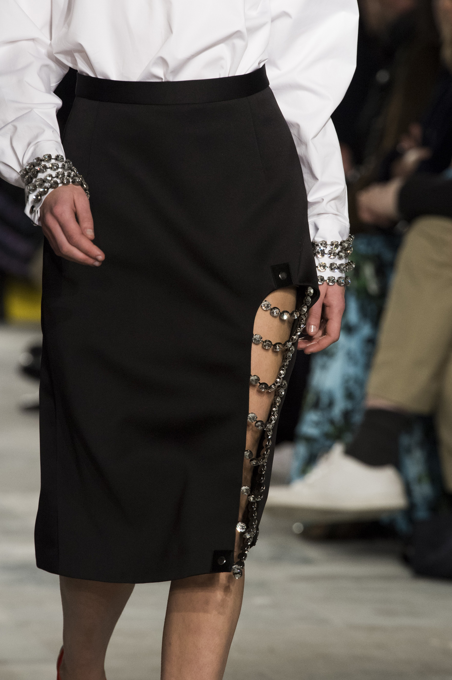 Christopher Kane Fall 2019 Fashion Show Details