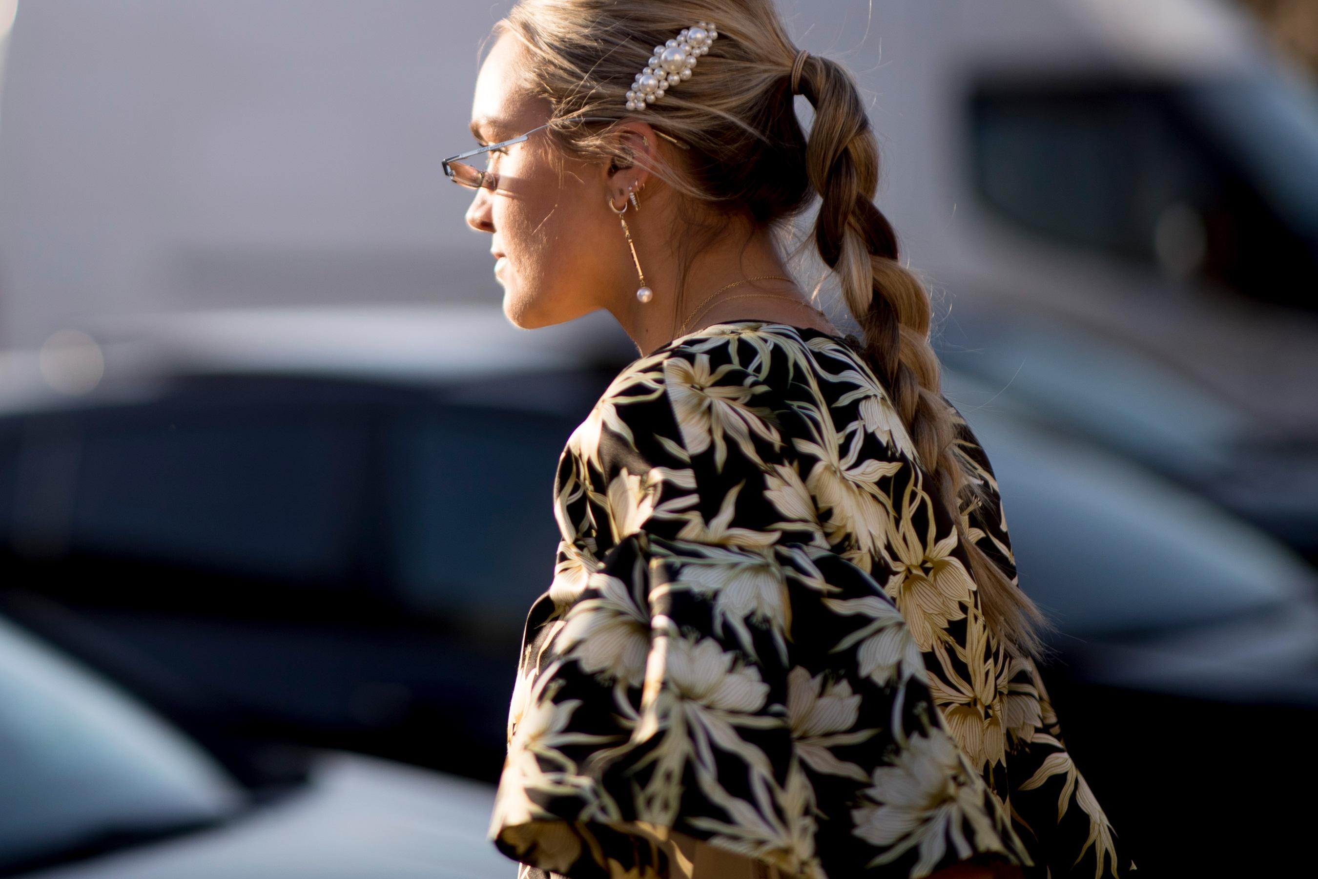 Paris Fashion Week Street Style Fall 2019 Day