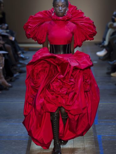 Alexander Mcqueen Fall 2019 Fashion Show