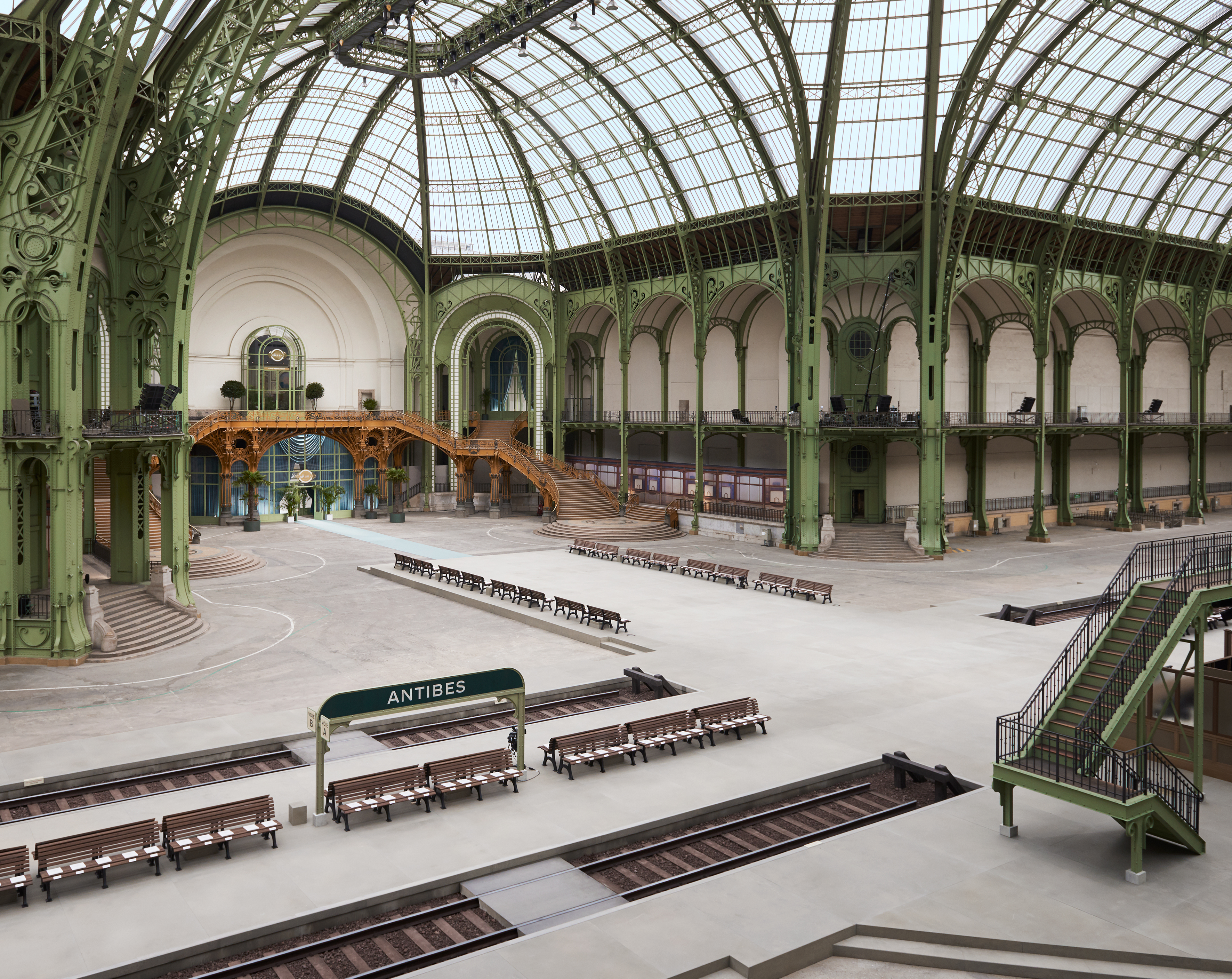 Chanel Cruise 2020 Fashion Show Atmosphere