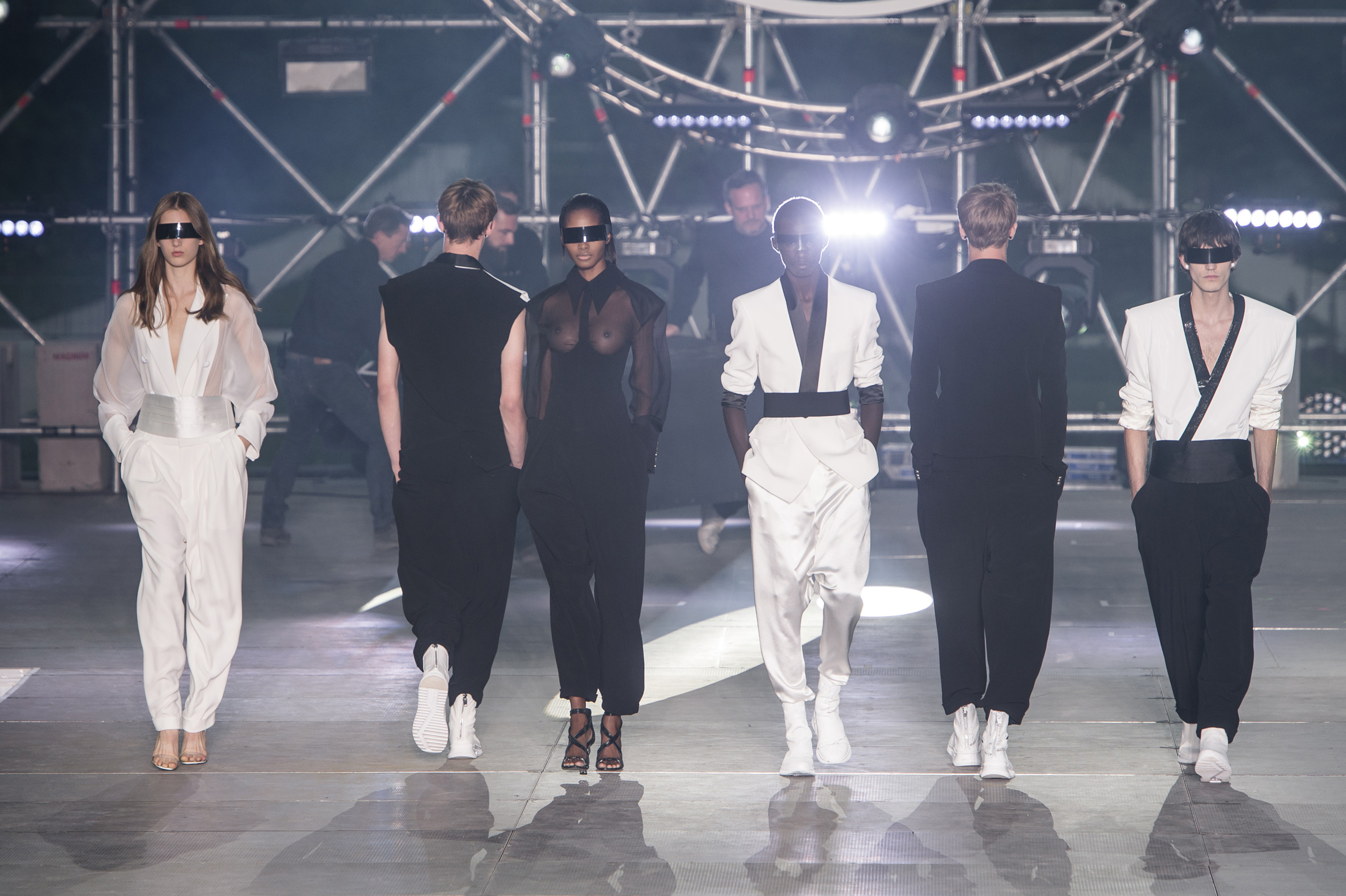 Balmain Homme Spring 2020 Men's Fashion Show Atmosphere