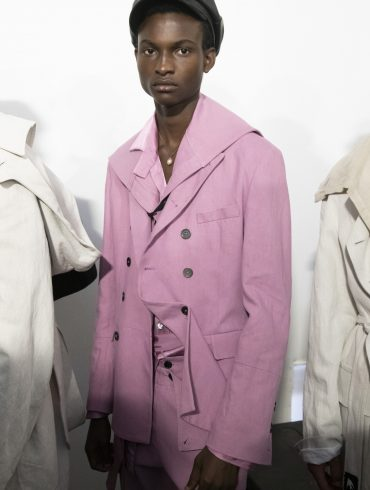 Ann Demeulemeester Spring 2020 Men's Fashion Show Backstage