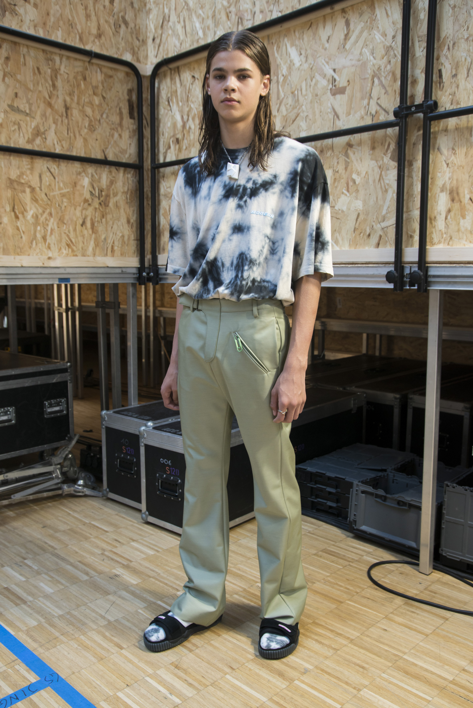 Off-white Spring 2020 Men's Fashion Show Backstage
