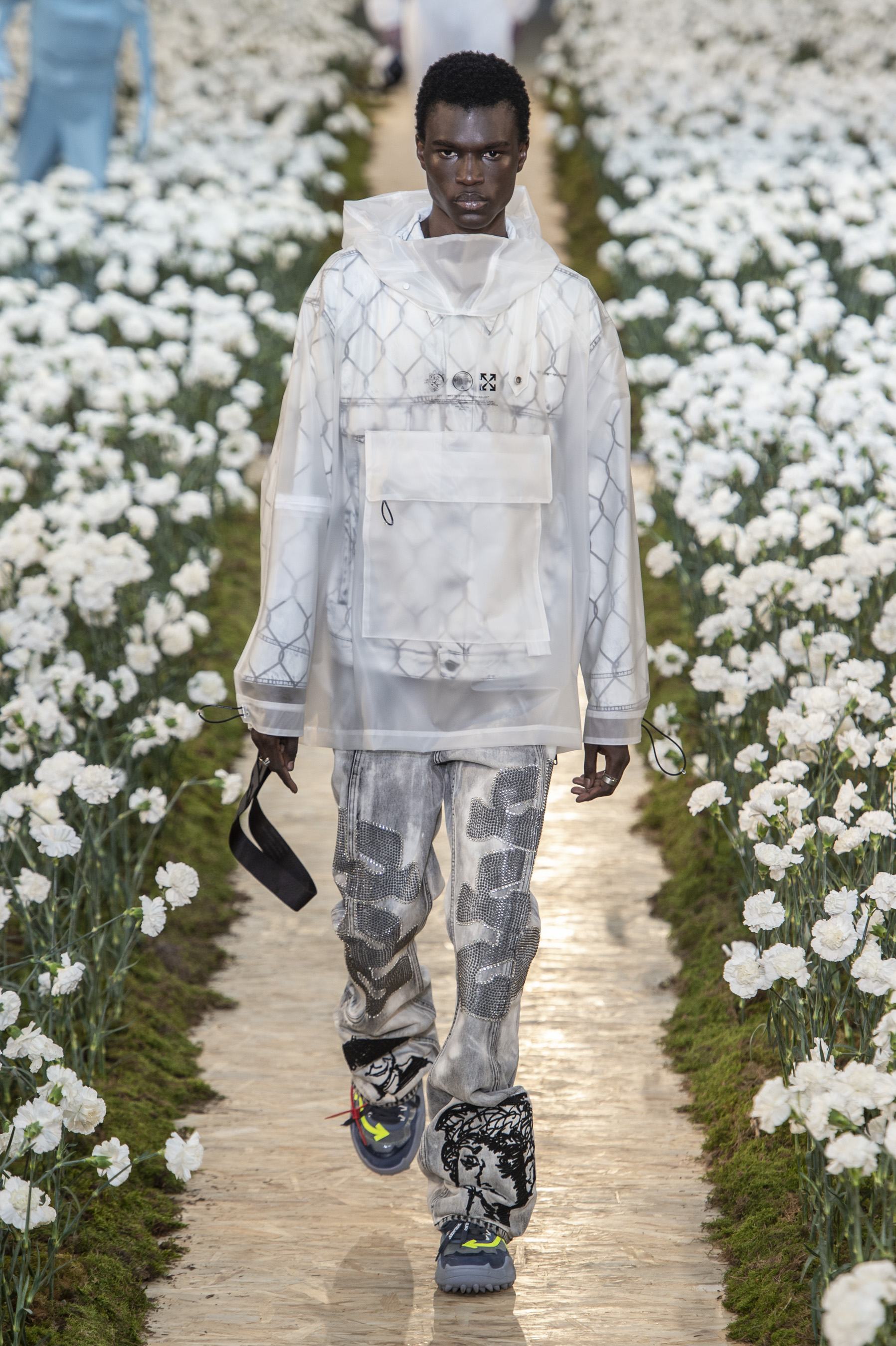 Off White m RS20 2449
