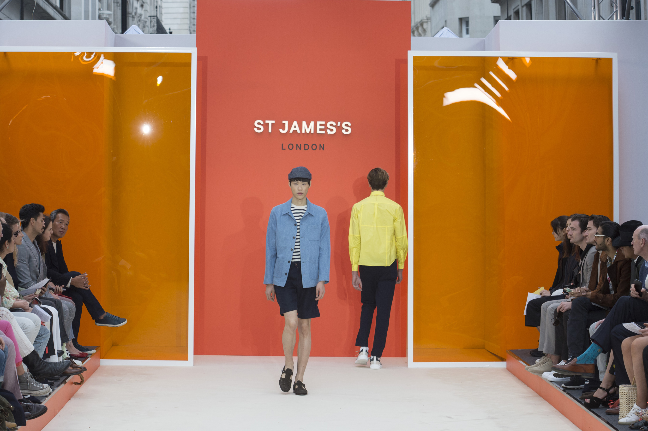 St Jame s m RS20 7343