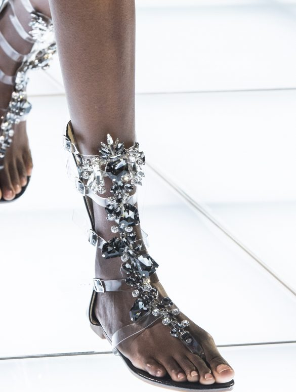 Azzaro Couture Couture Fall 2019 Fashion Show Details
