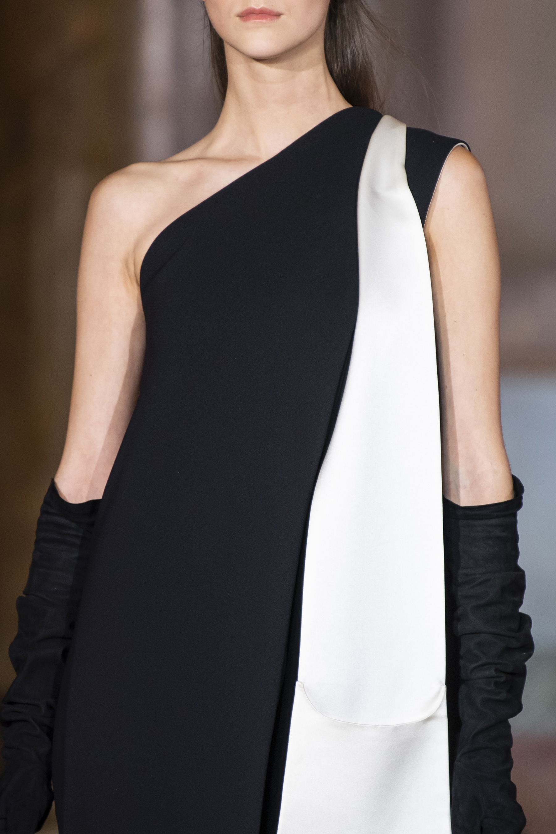 Stephane Rolland Couture Fall 2019 Fashion Show Details