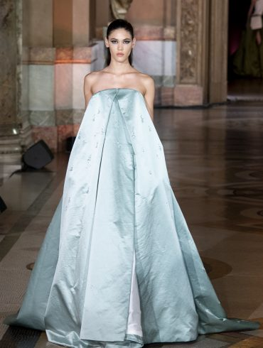 Stephane Rolland Couture Fall 2019 Fashion Show