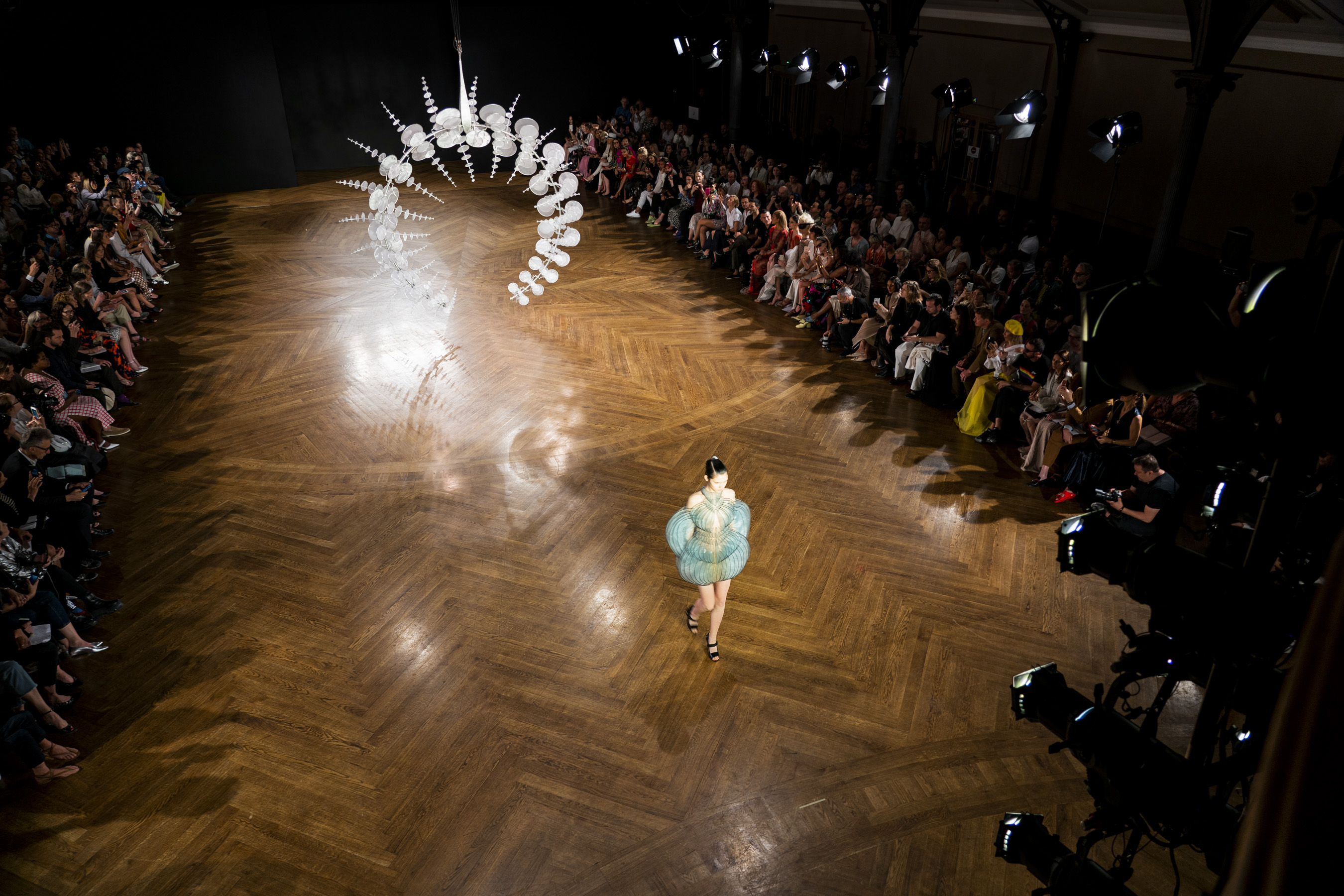 Iris Van Herpen Couture Fall 2019 Fashion Show Atmosphere