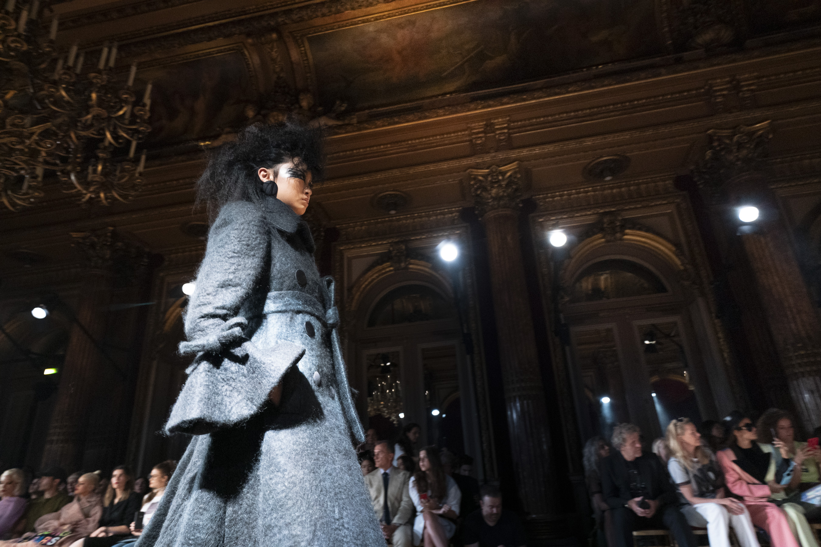 Viktor & Rolf Couture Fall 2019 Fashion Show Atmosphere
