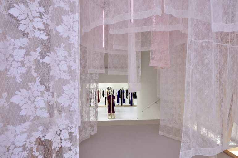Self-Portrait Opens New Store in Soho New York