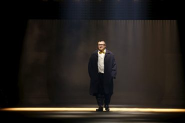 Alber Elbaz Returns In New Deal with Richemont