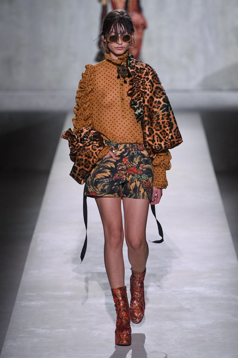 Short Shorts Spring 2020 Trend from Runway to Street