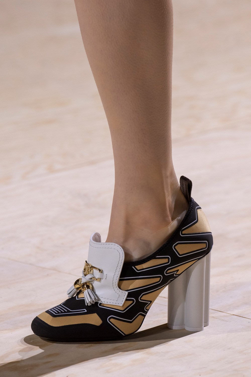 Louis Vuitton Spring 2020 Fashion Show Details